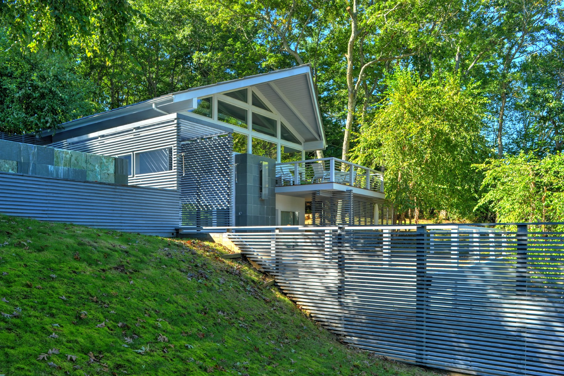 獨棟家庭住宅 為 出售 在 Scupltural Modern with Spectacular Views 59 Oyster Shores East Hampton, 紐約州, 11937 美國