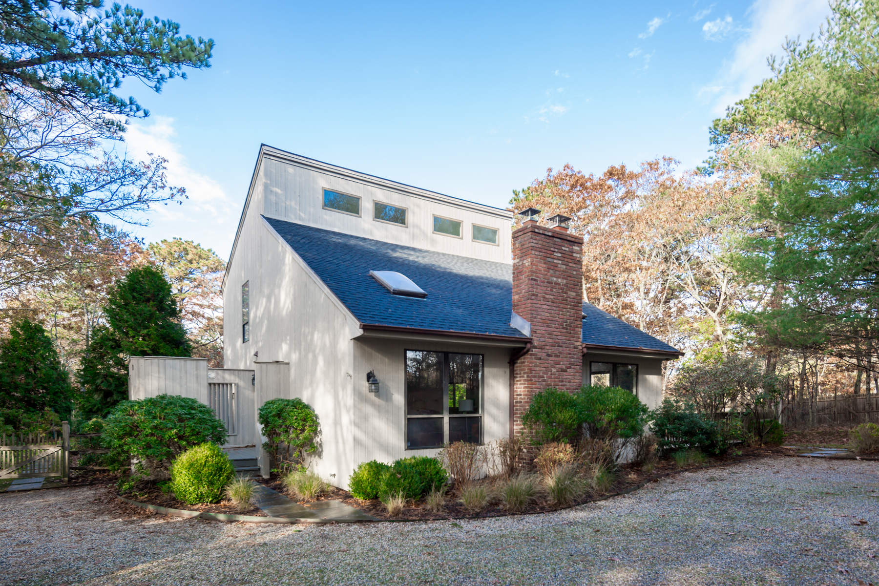 Single Family Home for Rent at Private Wainscott Traditional Wainscott, New York 11975 United States