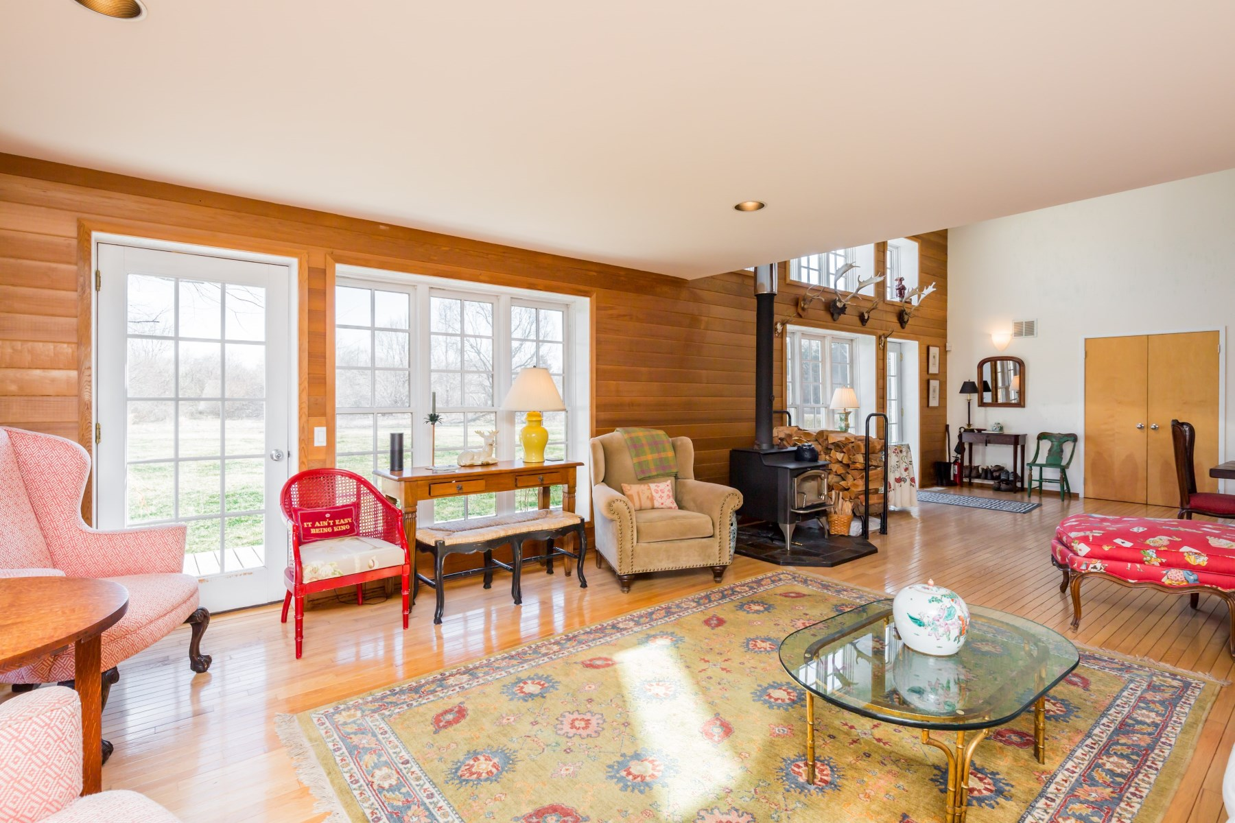 Additional photo for property listing at Romantic Barn in Bridgehampton  Bridgehampton, Нью-Йорк 11932 Соединенные Штаты