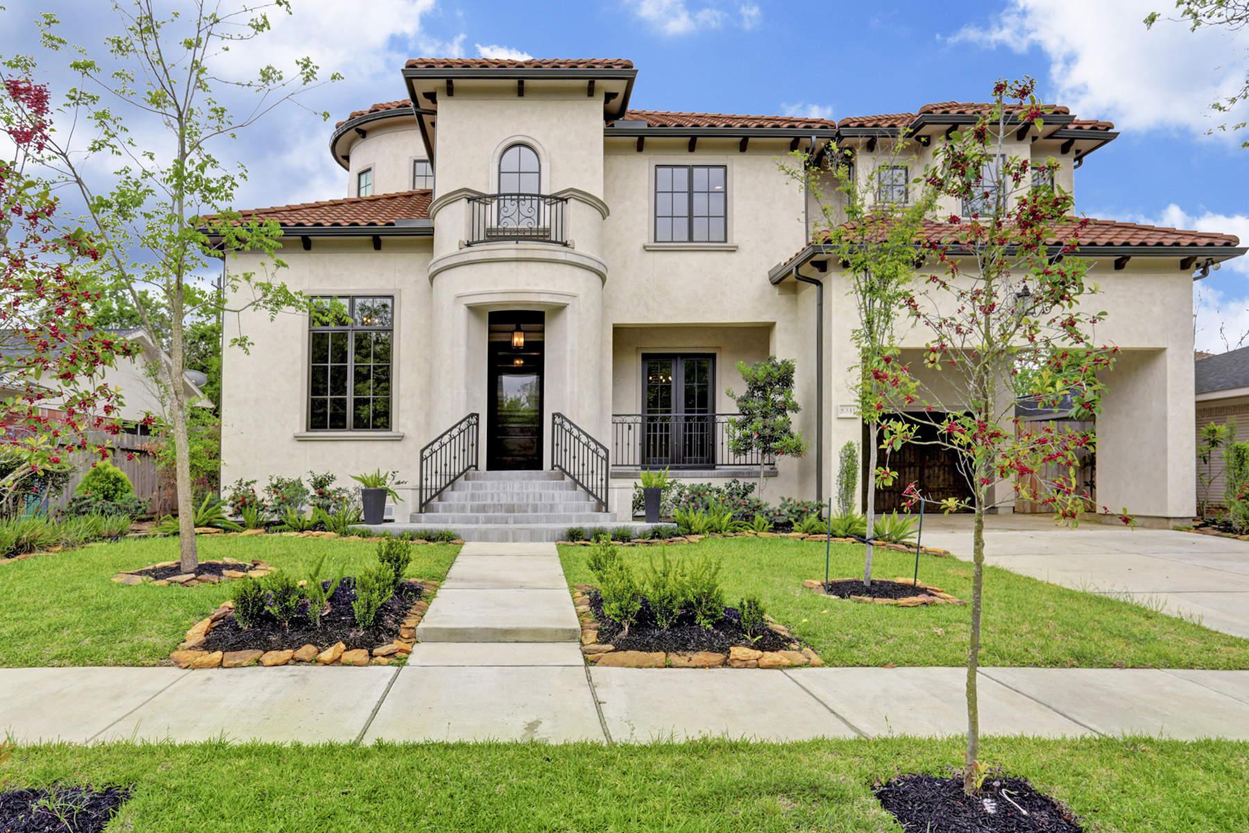 단독 가정 주택 용 매매 에 5311 Maple Street Bellaire, Houston, 텍사스, 77096 미국