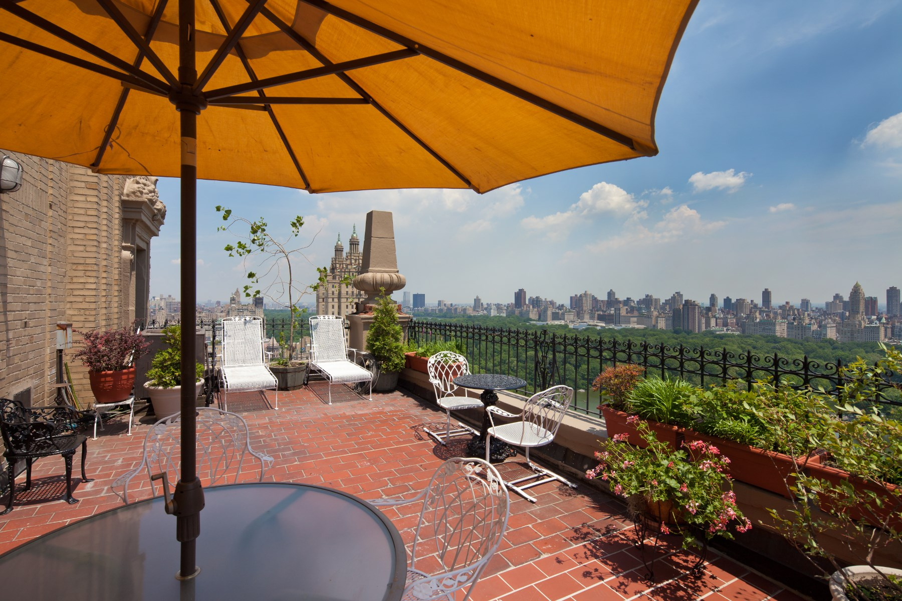 코압 용 매매 에 DRAMATIC TRIPLEX PENTHOUSE OVER THE PARK 12 West 72nd Street Apt 27B, Upper West Side, New York, 뉴욕, 10023 미국