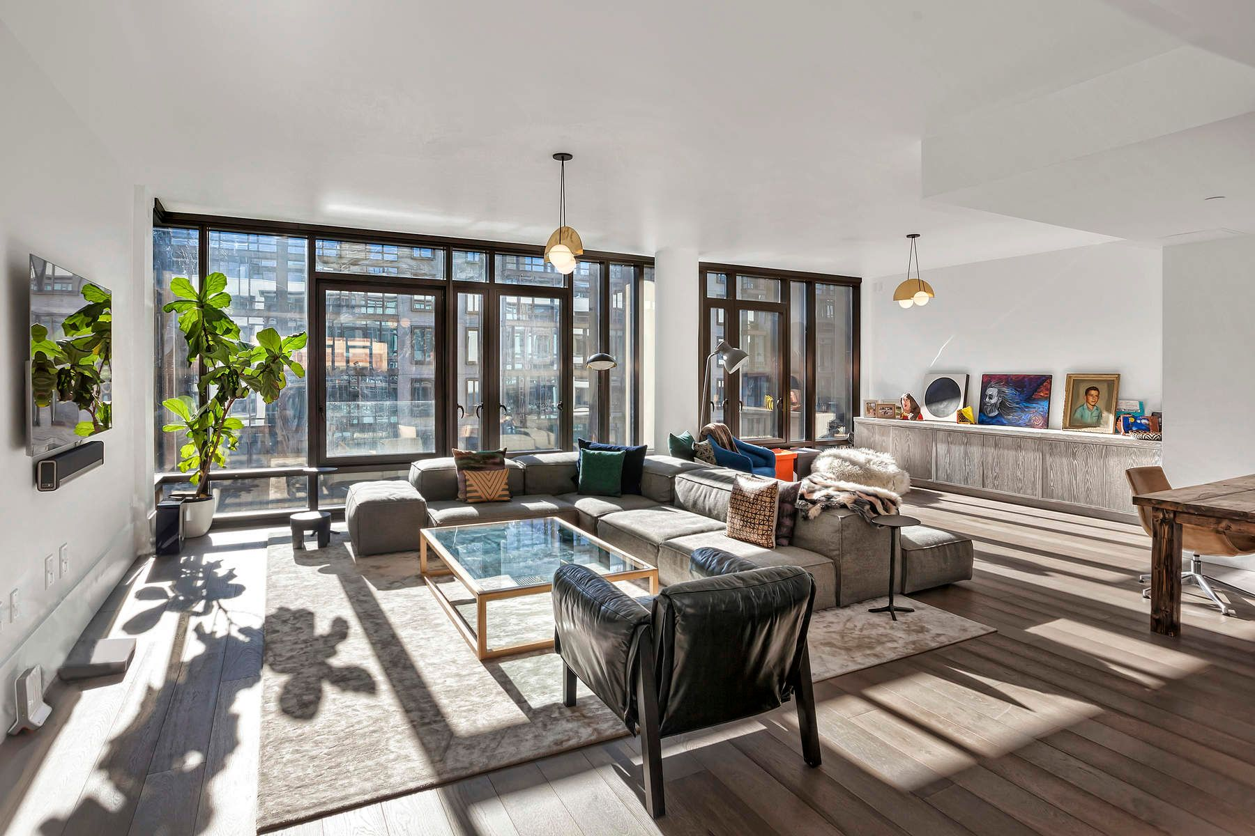 Condominio per Vendita alle ore Expansive Loft Living at the Oosten 60 South 8th Street Apt L55 Brooklyn, New York 11249 Stati Uniti