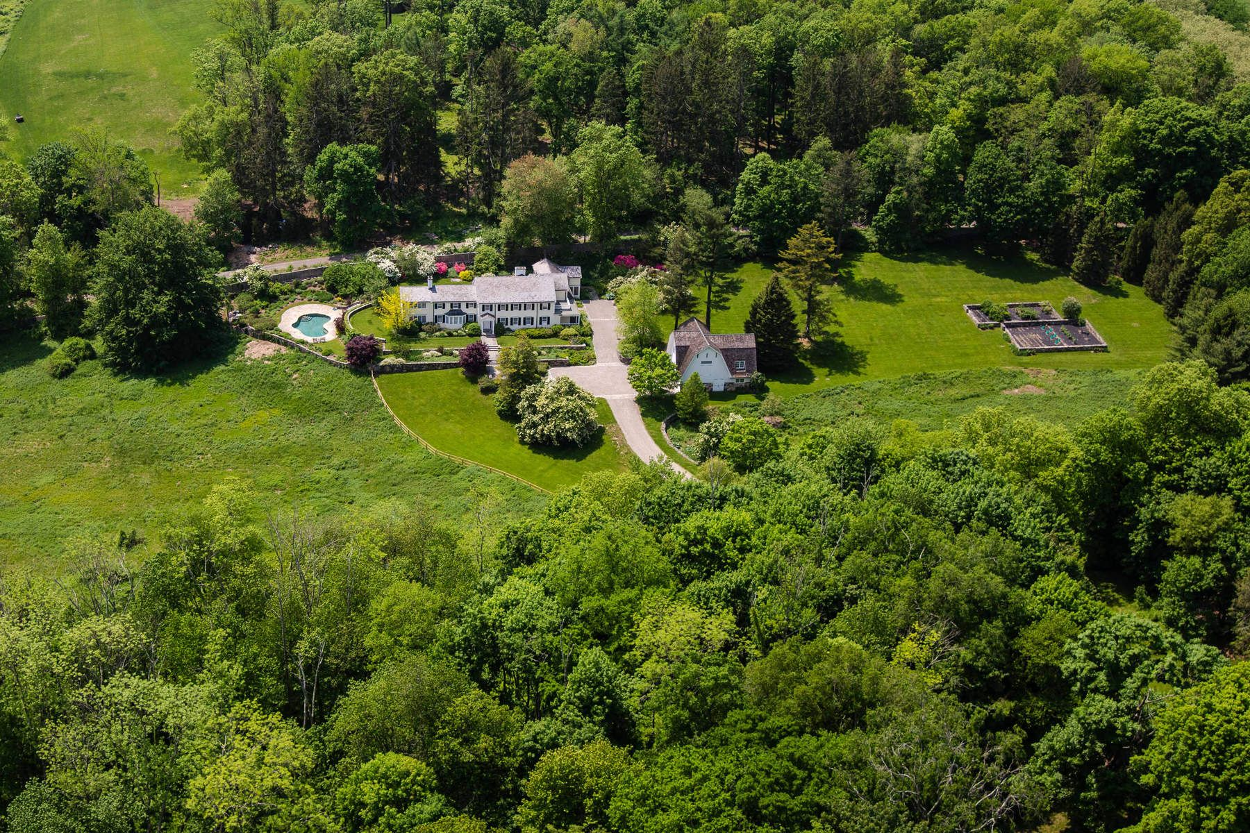 Single Family Home for Sale at Round Hill Farm 16 John Street, Greenwich, Connecticut, 06831 United States
