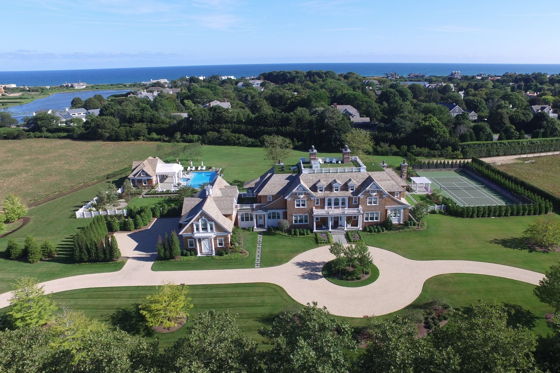 Single Family Home for Sale at Twin Peaks Luxury Estate 9 Olde Towne Lane, Southampton, New York, 11968 United States