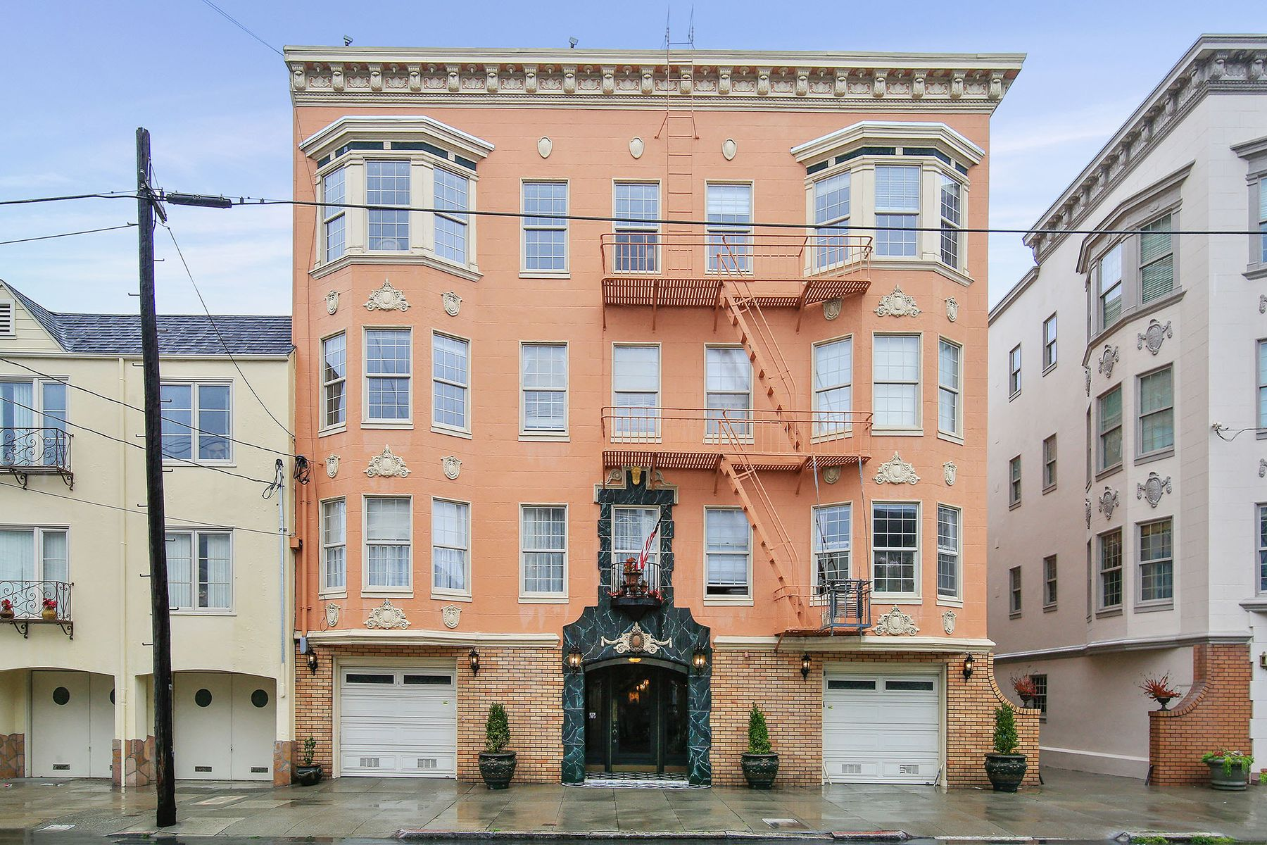 Multi-Family Home for Sale at Cow Hollow Trophy Building 1750 Greenwich St San Francisco, California 94123 United States