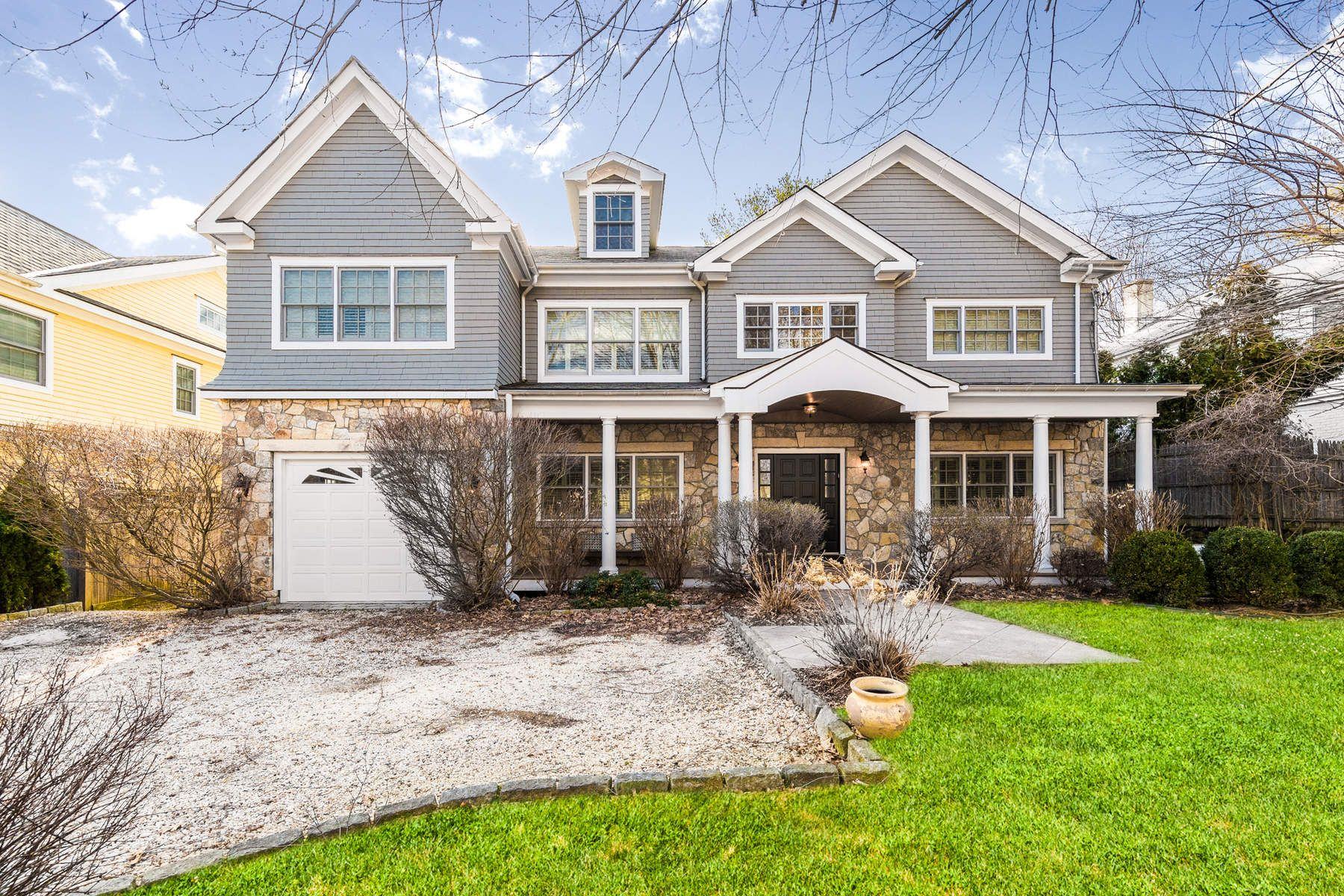 Single Family Home for Sale at 56 Havemeyer Lane Old Greenwich, Connecticut, 06870 United States