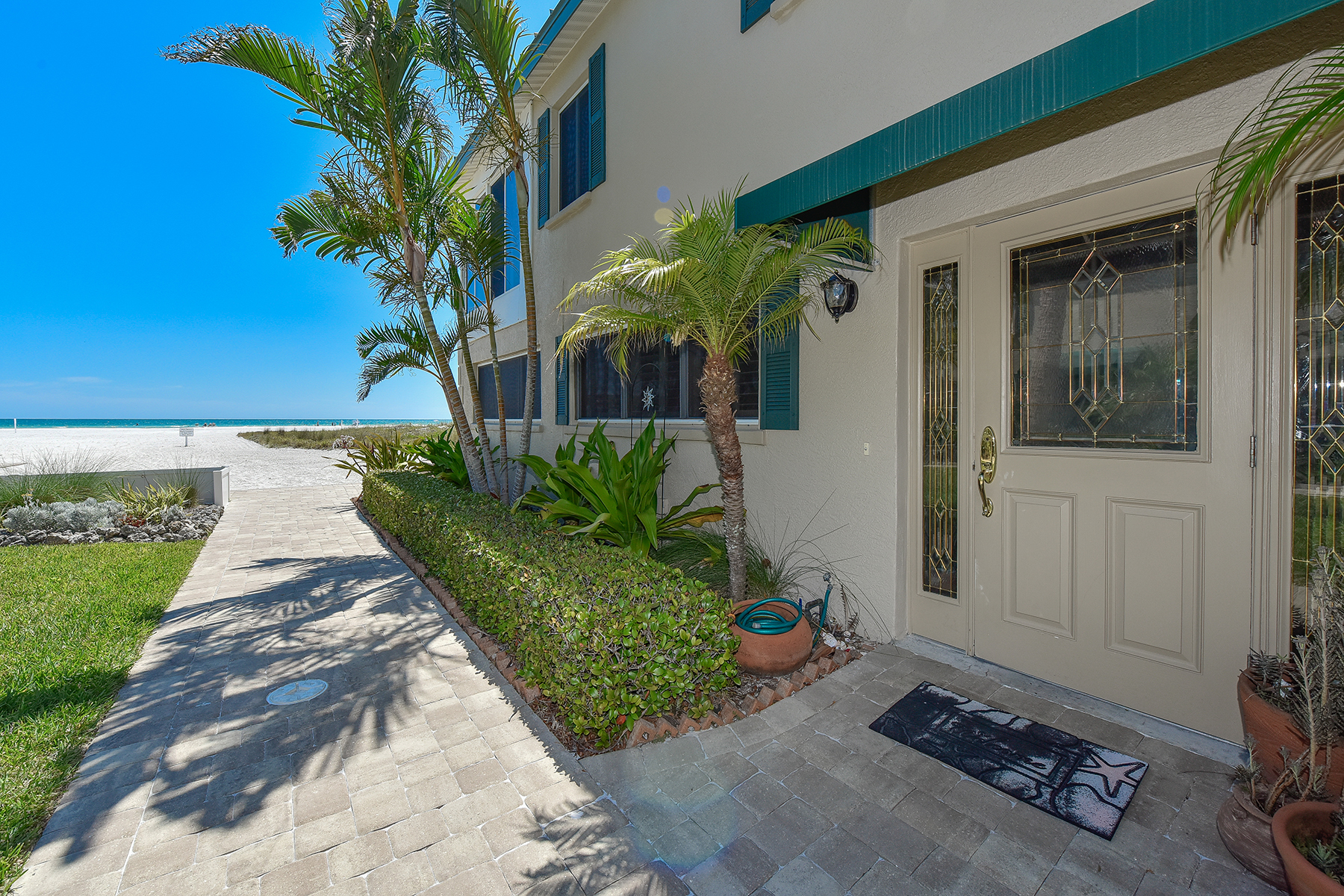 Condominio por un Venta en GULF HAVEN - SARASOTA 5860 Midnight Pass Rd 52 Sarasota, Florida, 34242 Estados Unidos