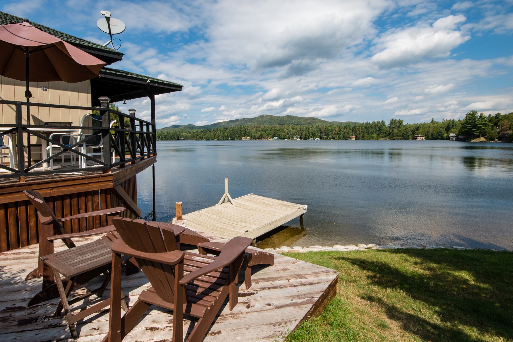 Additional photo for property listing at Lake's End Lodge 223  Blue Spruce Dr Loon Lake, Нью-Йорк 12989 Соединенные Штаты