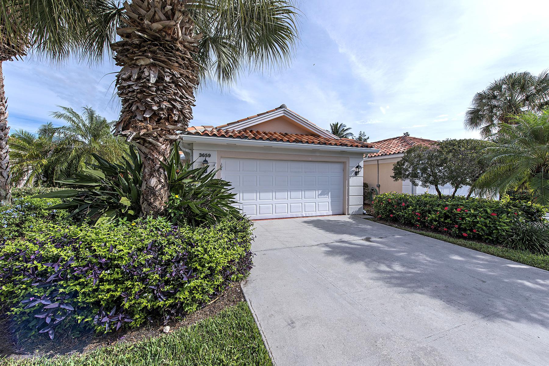 Maison de Ville pour l Vente à VILLAGE WALK 3659 El Segundo Ct Naples, Florida 34109 États-Unis