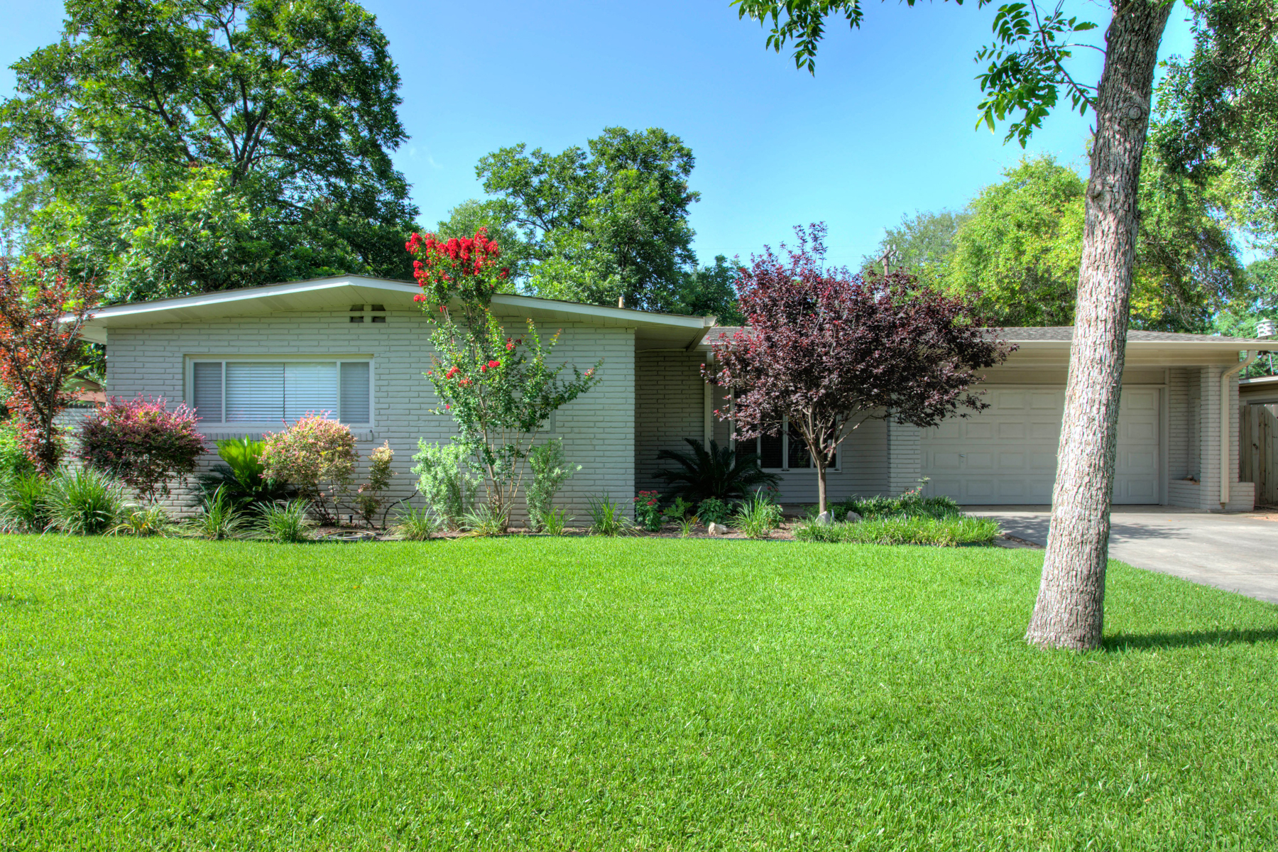sales property at Delightful Home in Northridge