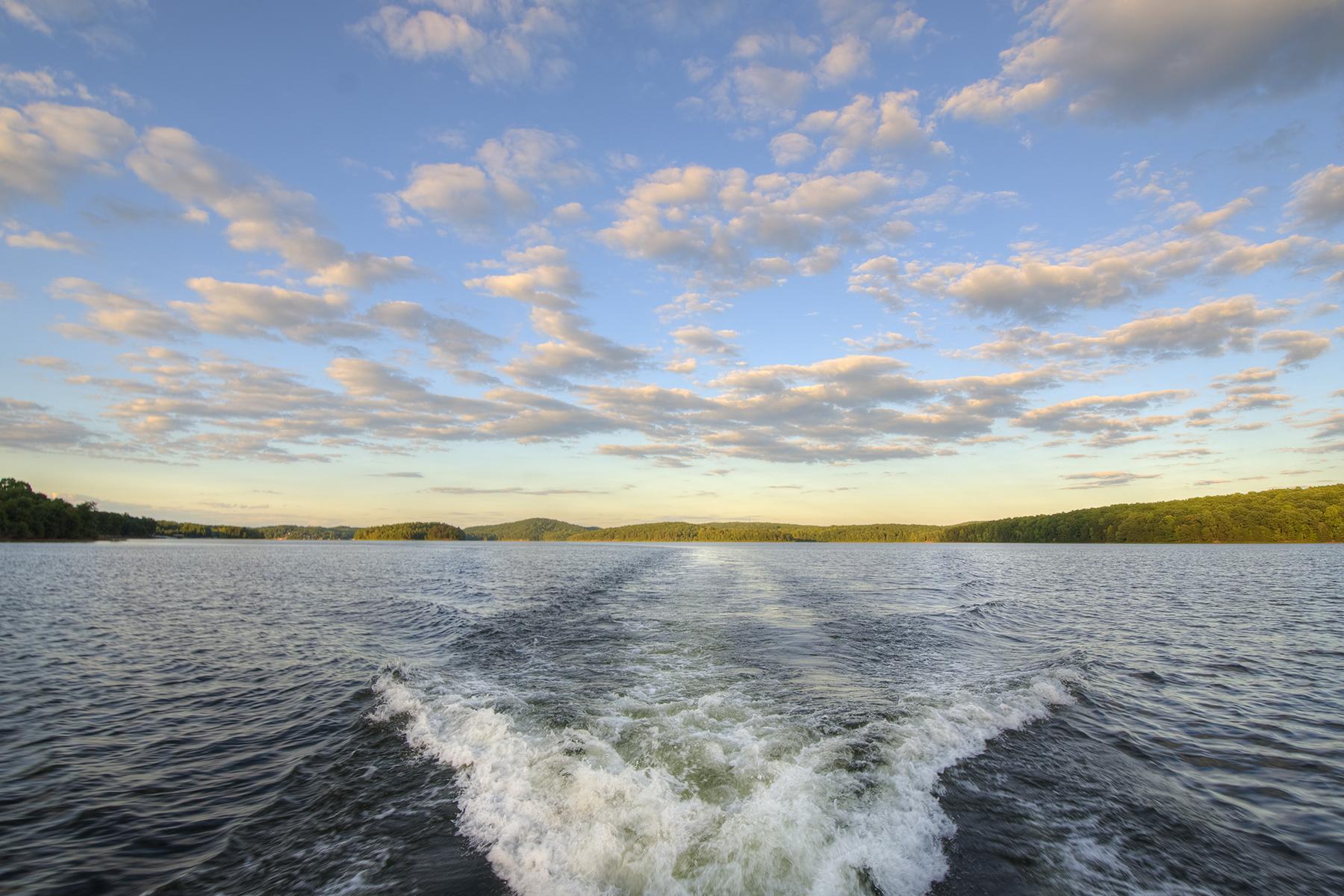 Terreno para Venda às HERON BAY 718 Whisper Lake Dr New London, Carolina Do Norte, 28127 Estados Unidos