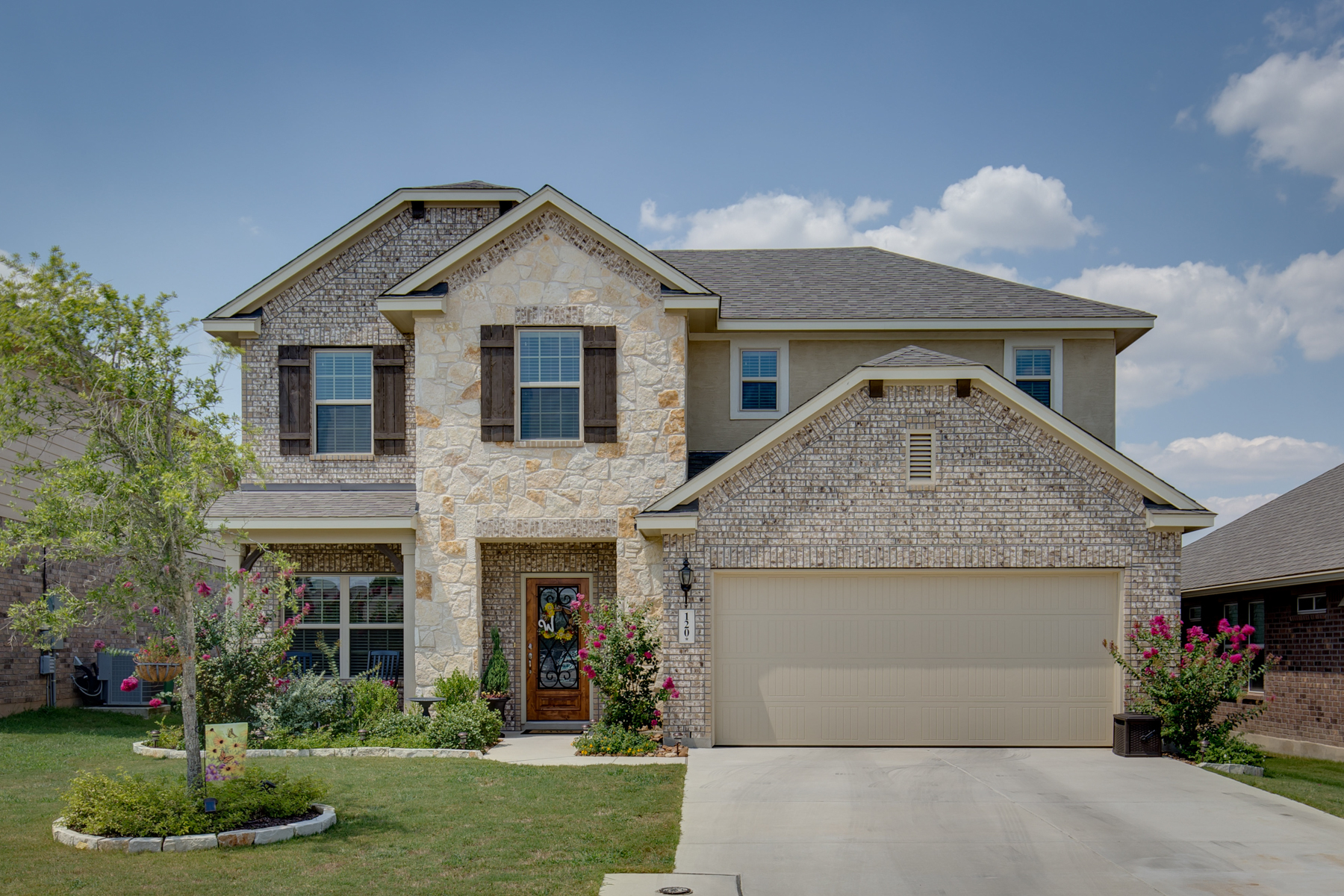 Single Family Home for Sale at Great Home in Boerne 120 Kasper Dr Boerne, Texas 78006 United States