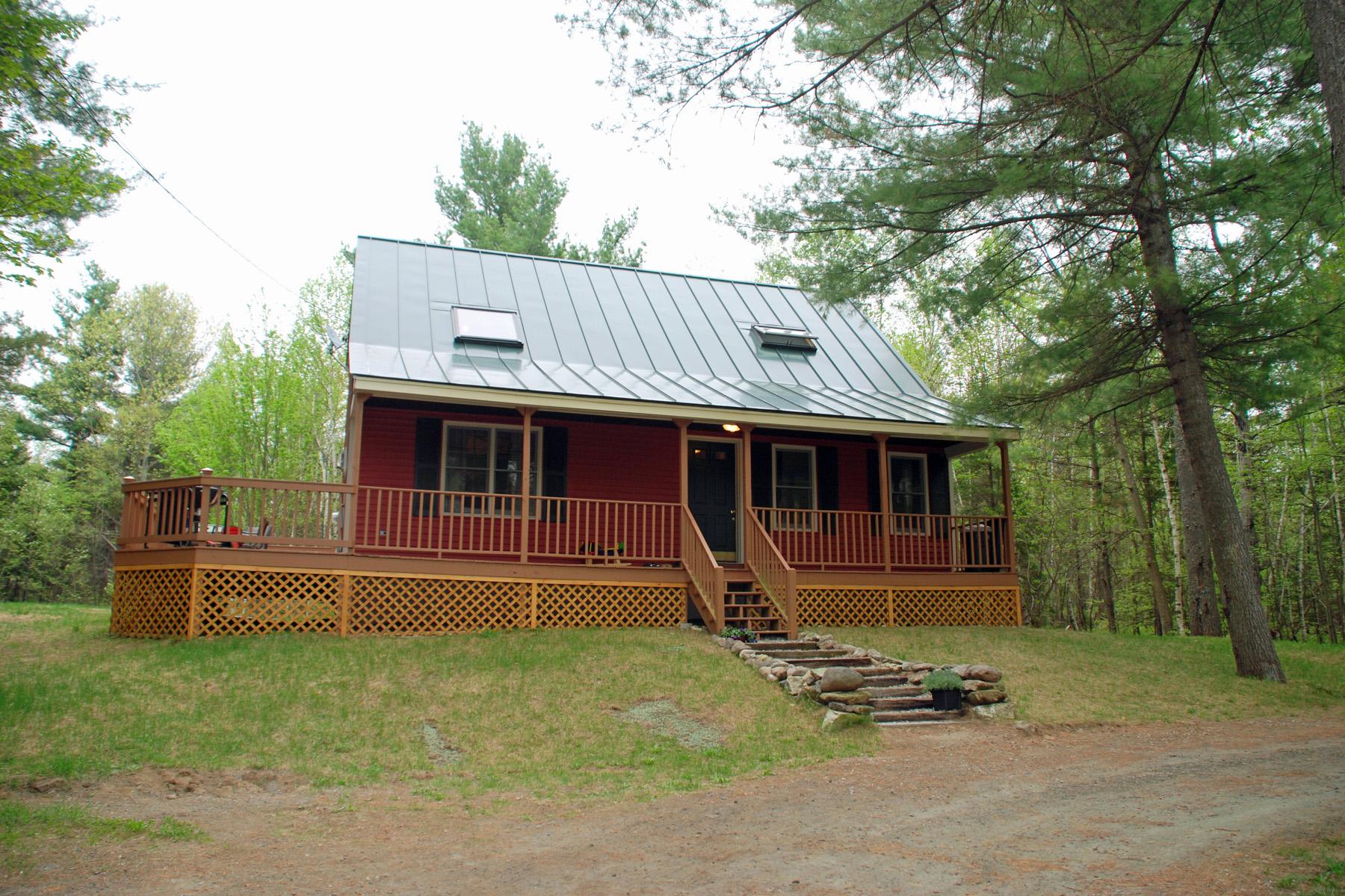 獨棟家庭住宅 為 出售 在 40 Red House Road, Newbury 40 Red House Rd Newbury, 新罕布什爾州 03255 美國