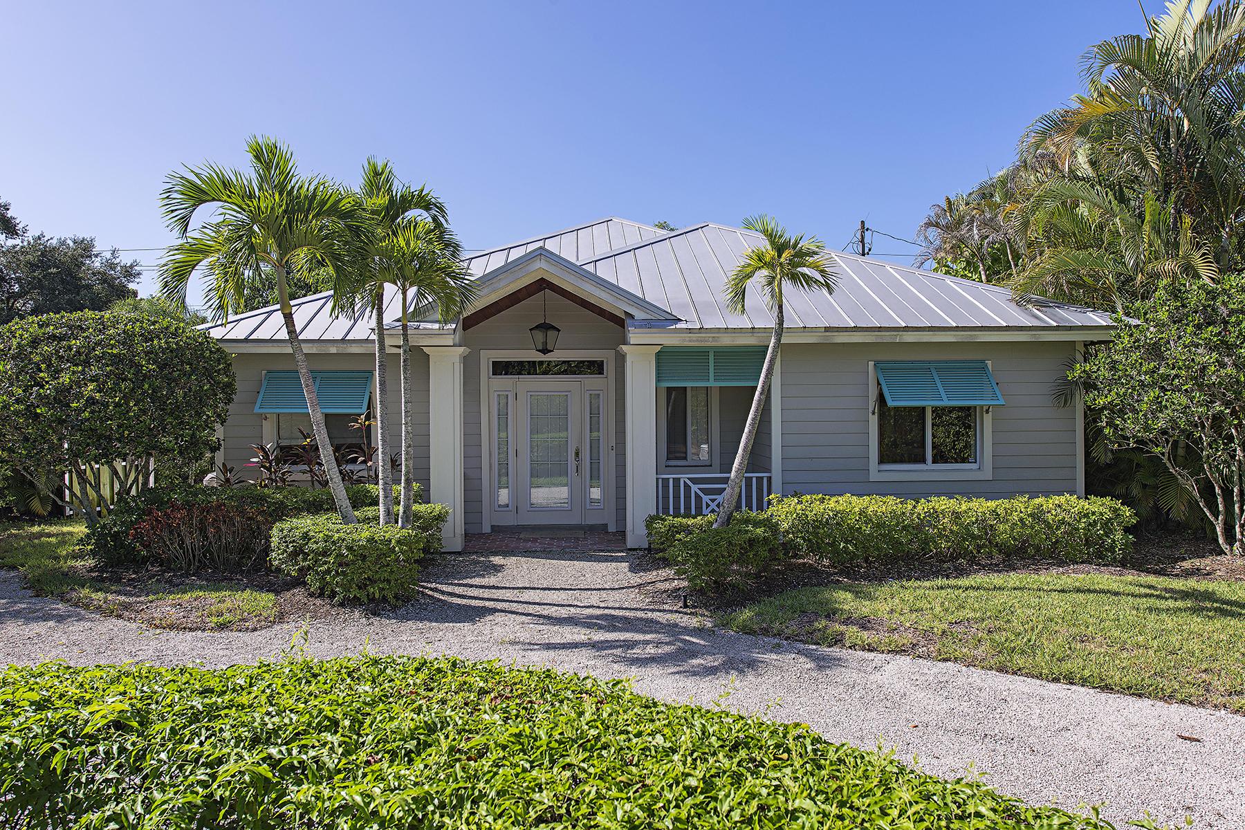 Casa para uma família para Venda às OLD NAPLES 740 5th Ave N Naples, Florida 34102 Estados Unidos