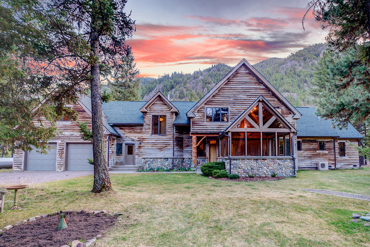 Casa Unifamiliar por un Venta en 10 River Rock Lane 10 River Rock Ln Clinton, Montana, 59825 Estados Unidos