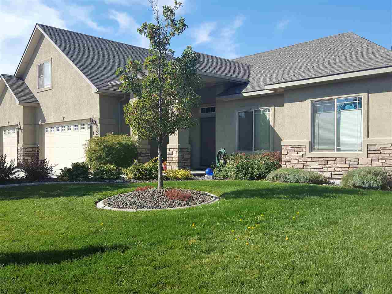 Maison unifamiliale pour l Vente à 1105 Regency, Emmett Emmett, Idaho, 83617 États-Unis