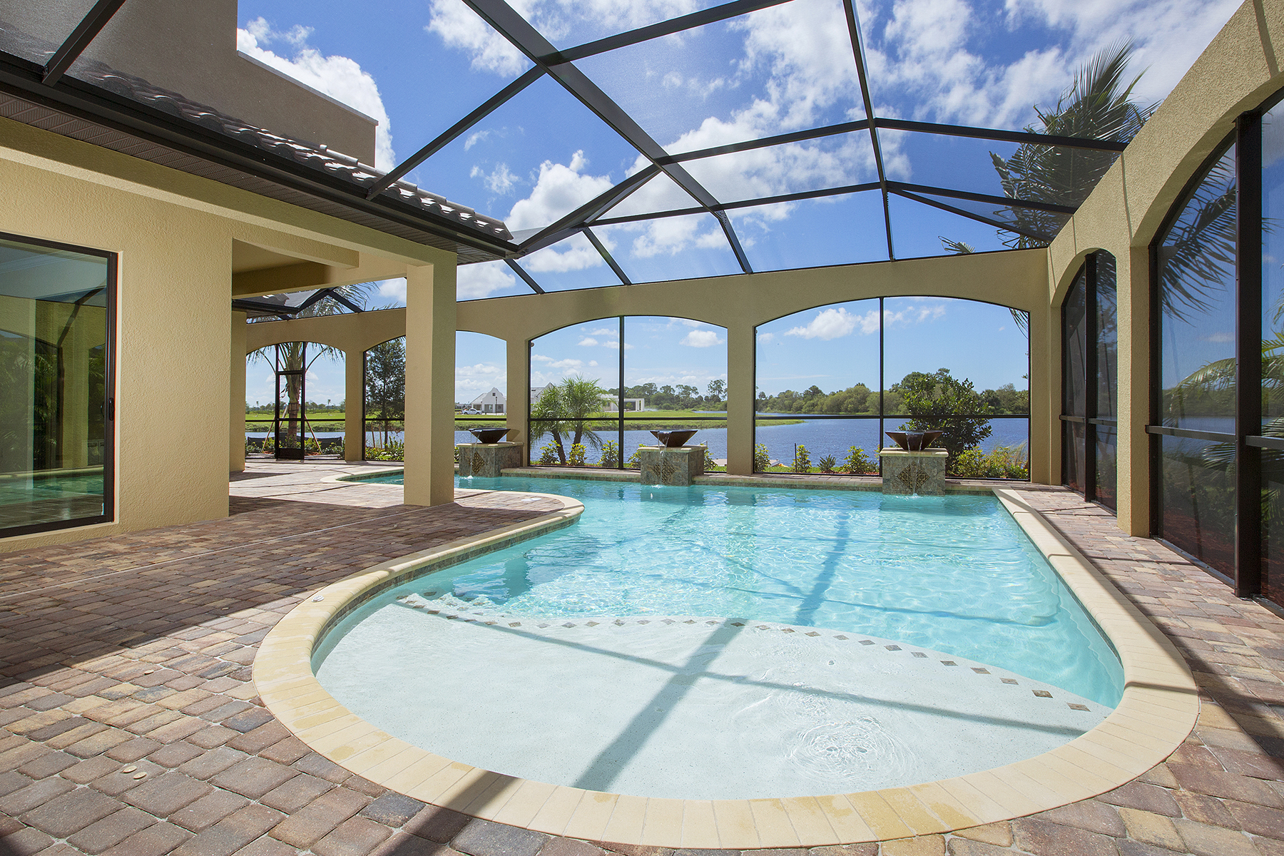 sales property at FIDDLER'S CREEK - RUNAWAY BAY