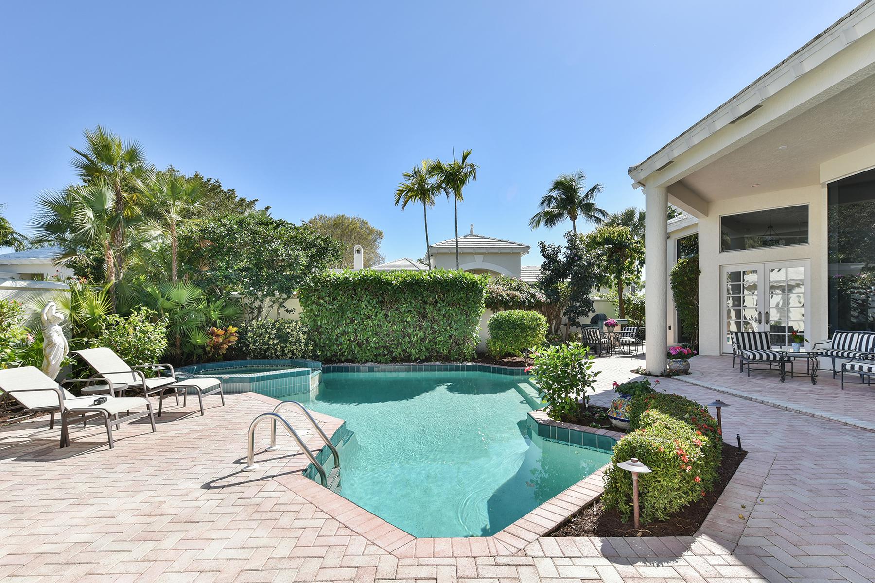 独户住宅 为 销售 在 PELICAN BAY - GRAND BAY 7967 Grand Bay Dr 10 那不勒斯, 佛罗里达州, 34108 美国