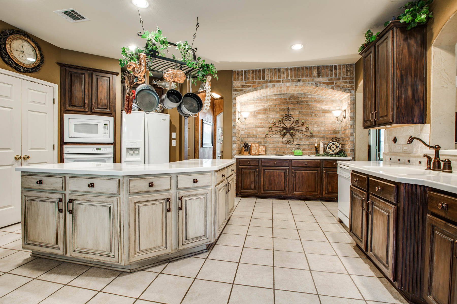 Property For Sale at Striking Home in The Glen at Stone Oak