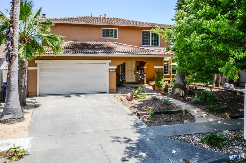 Частный односемейный дом для того Продажа на 4484 Moffitt Dr, Napa, CA 94558 4484 Moffitt Dr Napa, Калифорния, 94558 Соединенные Штаты