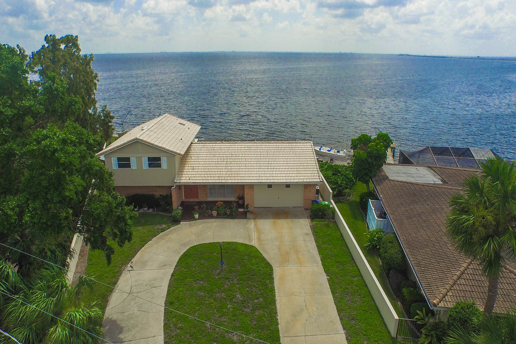 Maison unifamiliale pour l Vente à SOUTH TAMPA 32 Sandpiper Rd Tampa, Florida 33609 États-Unis