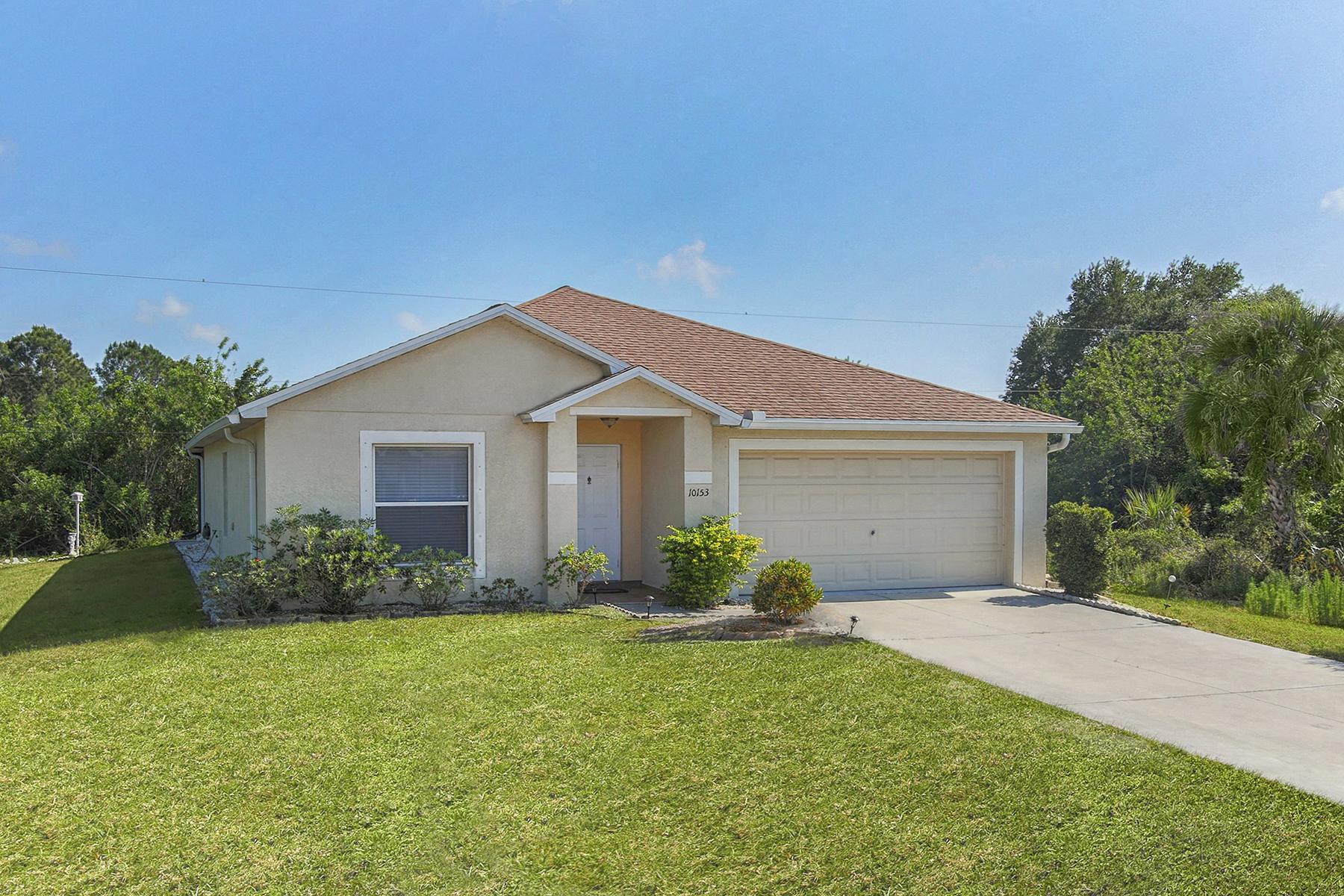 Nhà ở một gia đình vì Bán tại ENGLEWOOD 10153 Quimper Ave Englewood, Florida, 34224 Hoa Kỳ