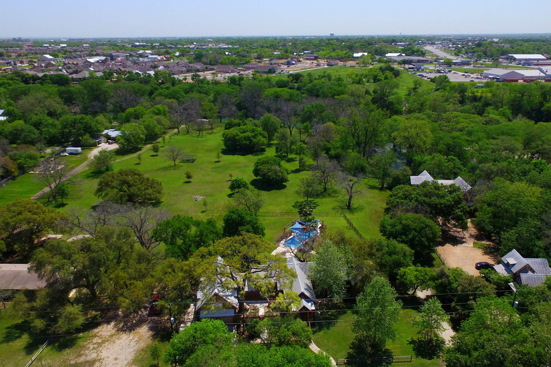 Additional photo for property listing at Beautiful Acreage on the Guadalupe River 0 Sleepy Hollow New Braunfels, Texas 78130 United States