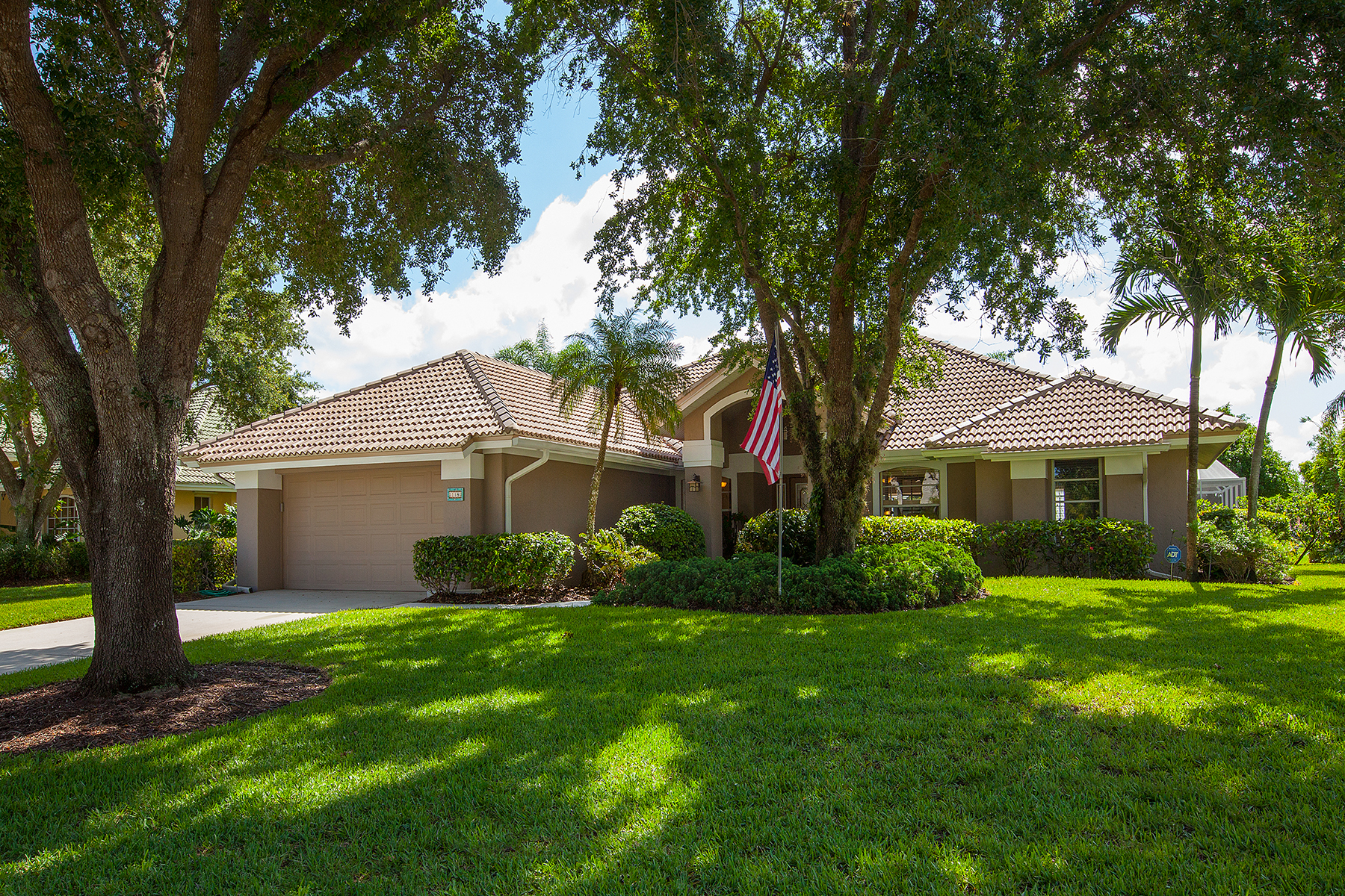Single Family Home for Sale at 11180 Longshore Way W, Naples, FL 34119 11180 Longshore Way W Naples, Florida 34119 United States