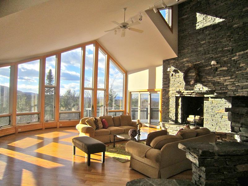 Maison unifamiliale pour l Vente à Stunning Contemporary 879 Russellville Rd Shrewsbury, Vermont 05738 États-Unis