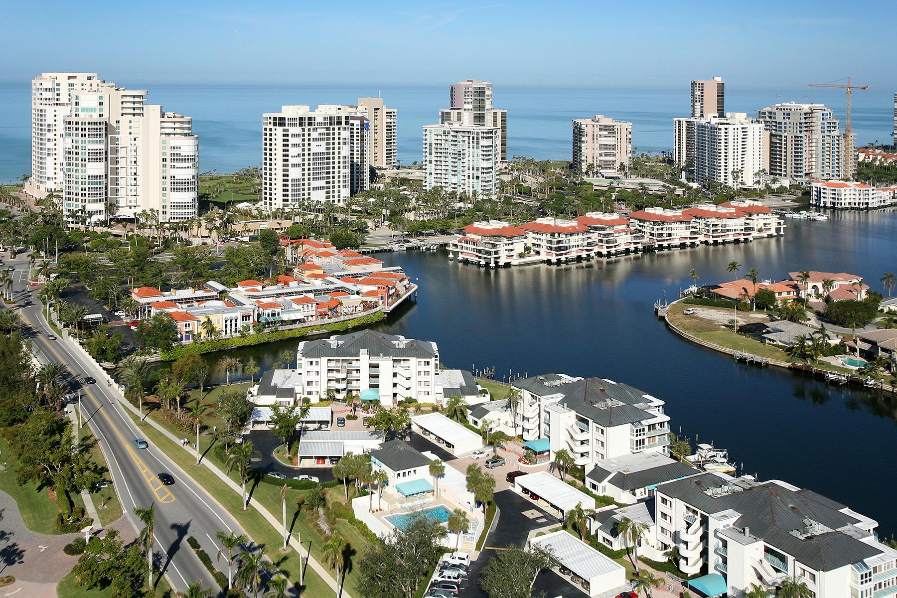 토지 용 매매 에 PARK SHORE 304 Turtle Hatch Rd Naples, 플로리다, 34103 미국