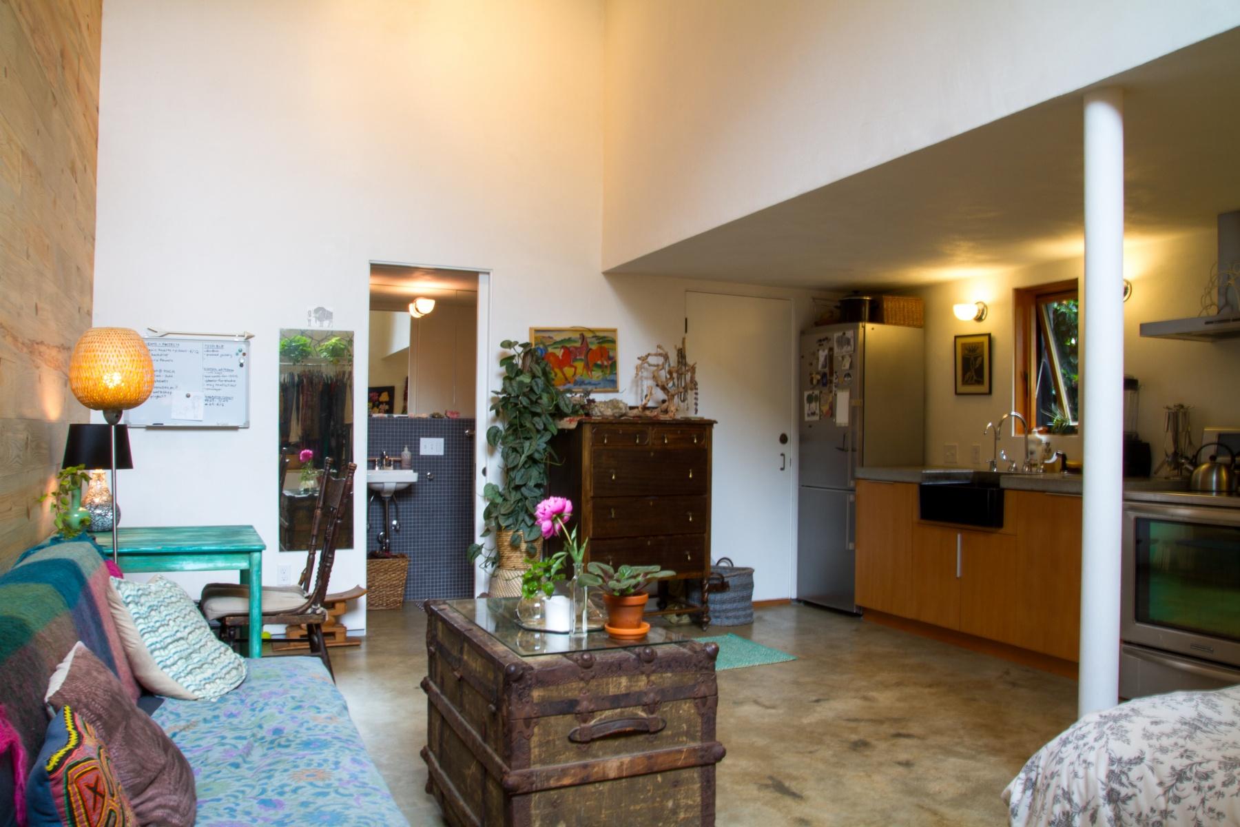 Nhà ở một gia đình vì Bán tại 7910 WAYLAND AVE, PORTLAND 7910 N WAYLAND Ave Portland, Oregon 97203 Hoa Kỳ