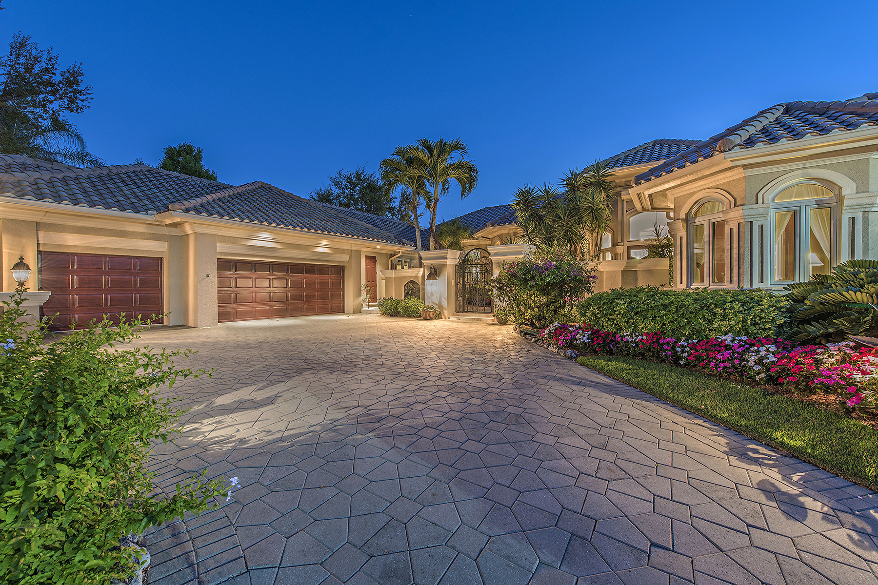 Single Family Home for Sale at PELICAN MARSH - ARBORS 1308 Little Blue Heron Ct Naples, Florida, 34108 United States