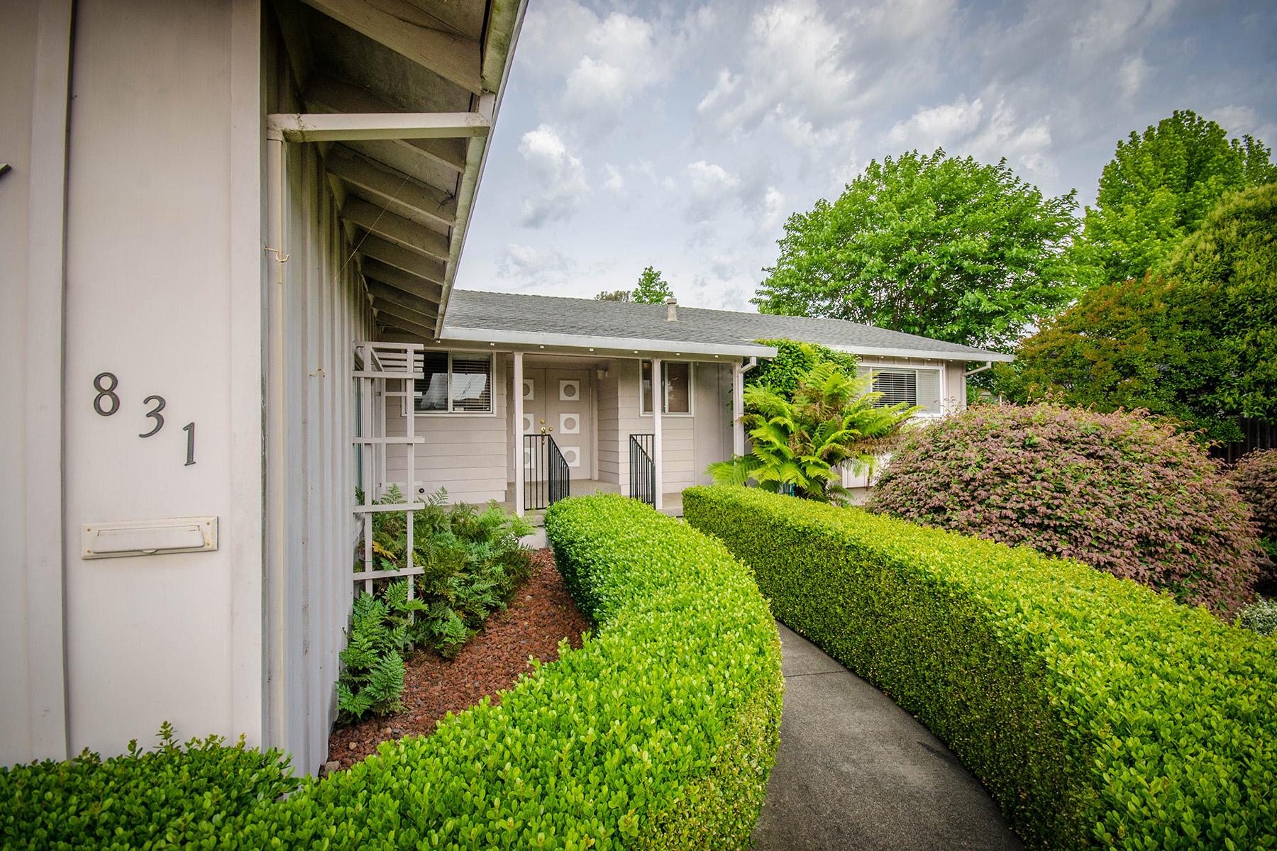 独户住宅 为 销售 在 831 Foster Rd, Napa, CA 94558 831 Foster Rd 纳帕, 加利福尼亚州, 94558 美国
