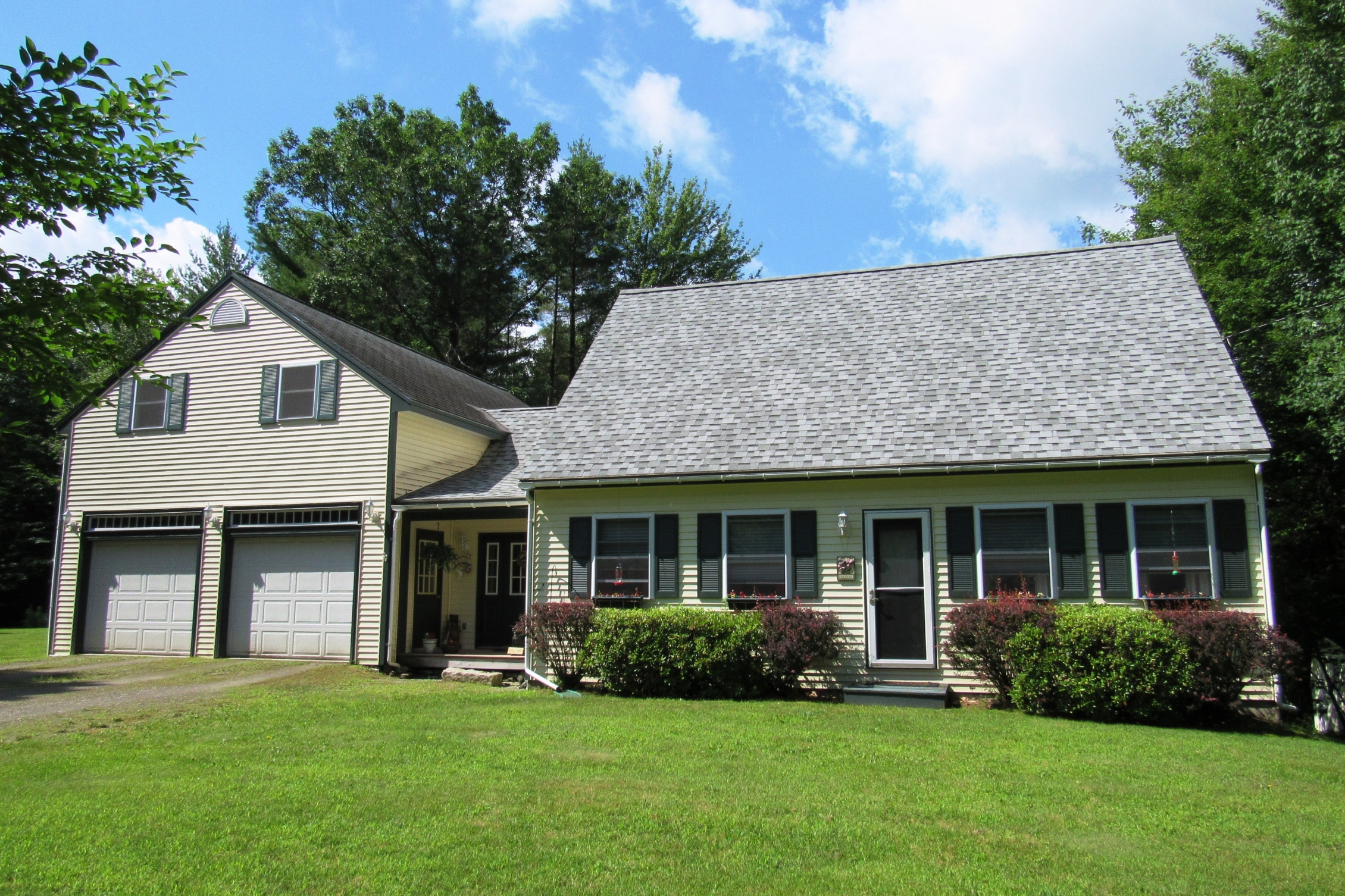 Single Family Home for Sale at 42 Arron Road, Piermont 42 Arron Rd Piermont, New Hampshire 03779 United States