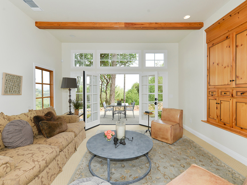 Property For Sale at 4519 Dry Creek Rd, Napa, CA 94558