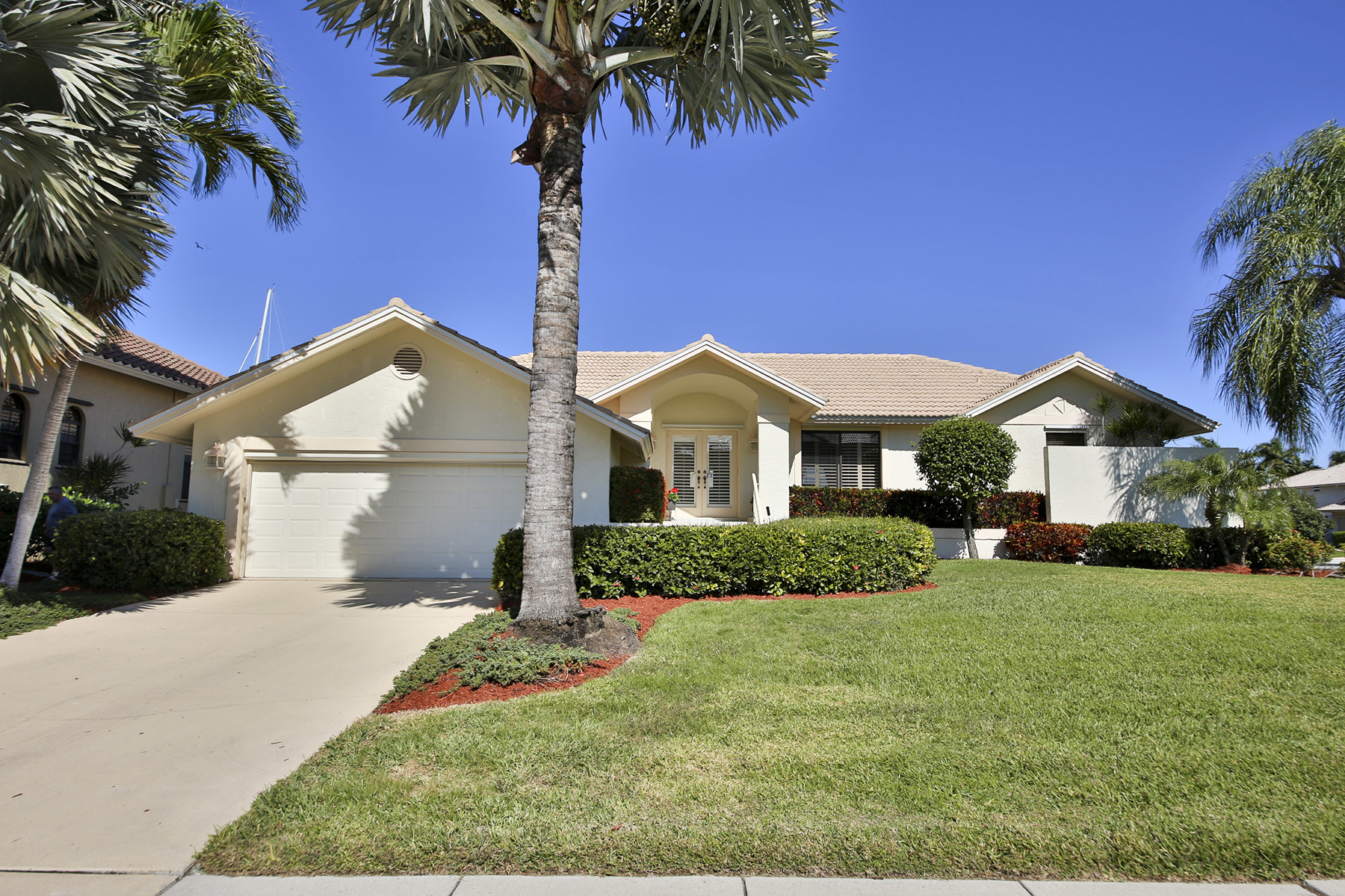 Property For Sale at MARCO ISLAND - BANYAN