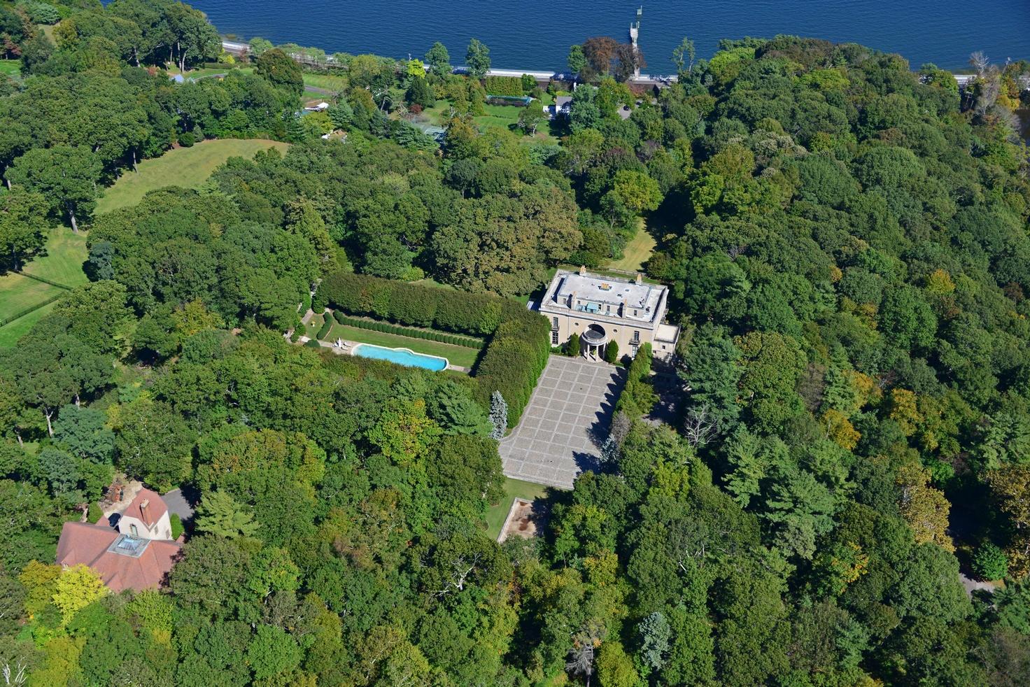 Villa per Vendita alle ore Estate Mill Neck, New York 11765 Stati Uniti