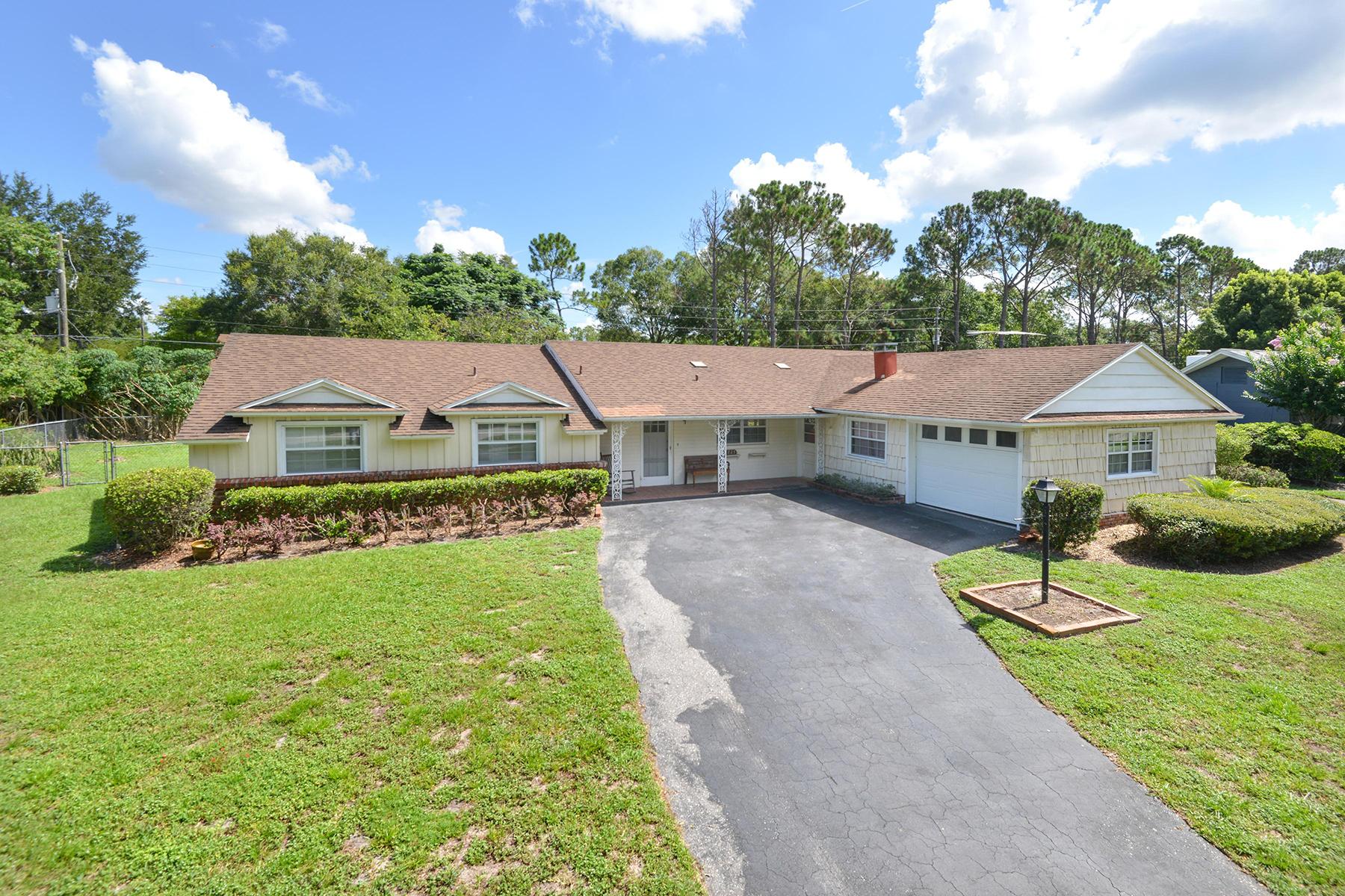 Nhà ở một gia đình vì Bán tại ORLANDO - LAKE MARY 1929 Linden Rd Winter Park, Florida, 32792 Hoa Kỳ