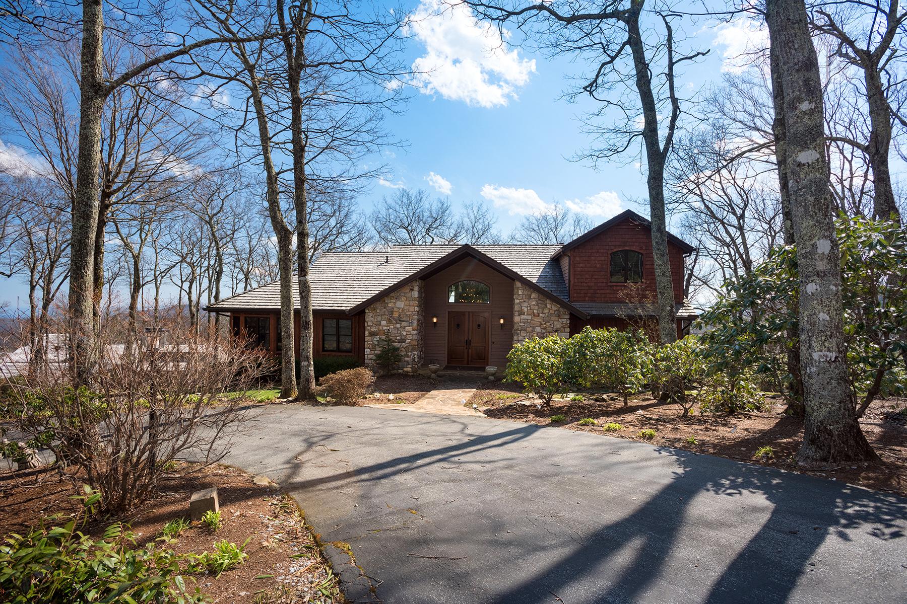 Casa Unifamiliar por un Venta en LINVILLE - LINVILLE RIDGE 818 Crest Trail 8 Linville, Carolina Del Norte, 28646 Estados Unidos