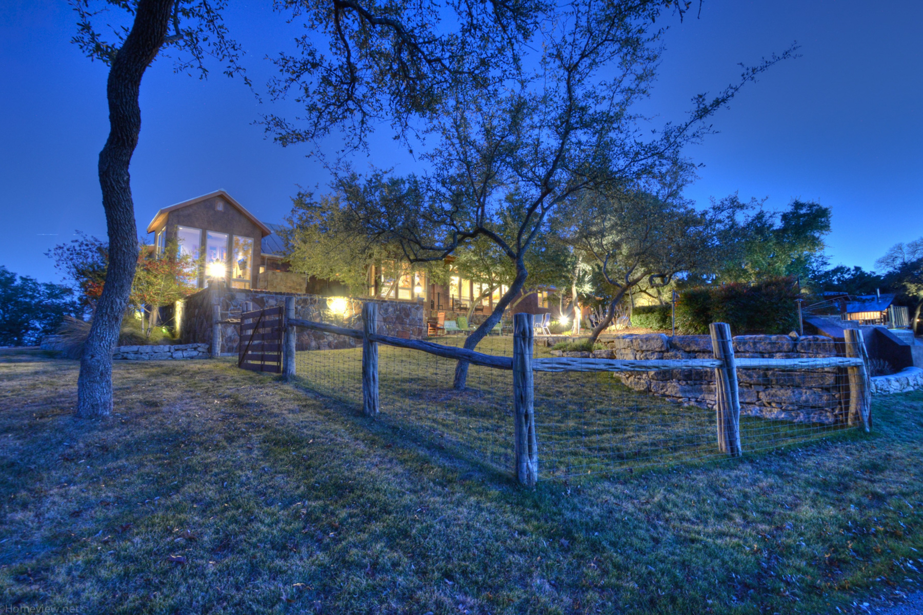 Additional photo for property listing at Extraordinary Property in Canyon Lake 15883 South Access Rd Canyon Lake, Texas 78133 United States