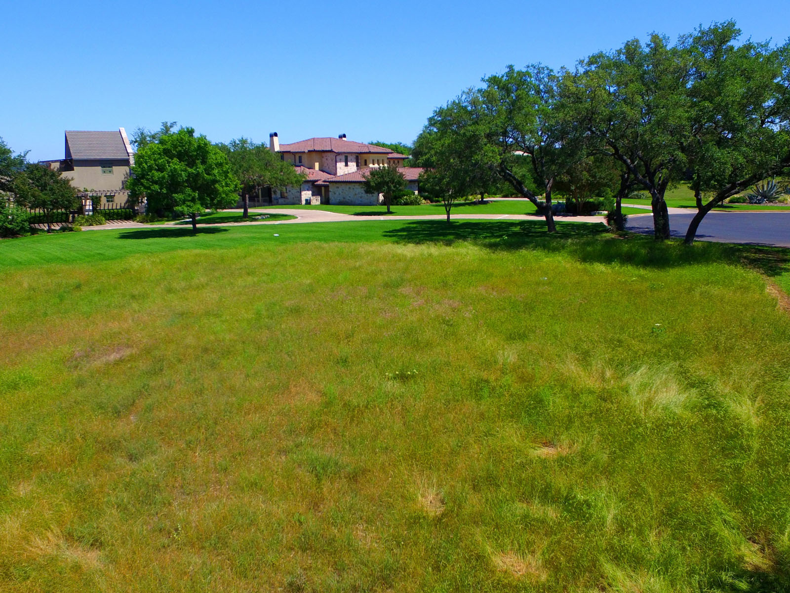 Additional photo for property listing at Lake Travis Waterfront 2512 Sailpoint Dr Spicewood, Texas 78669 United States