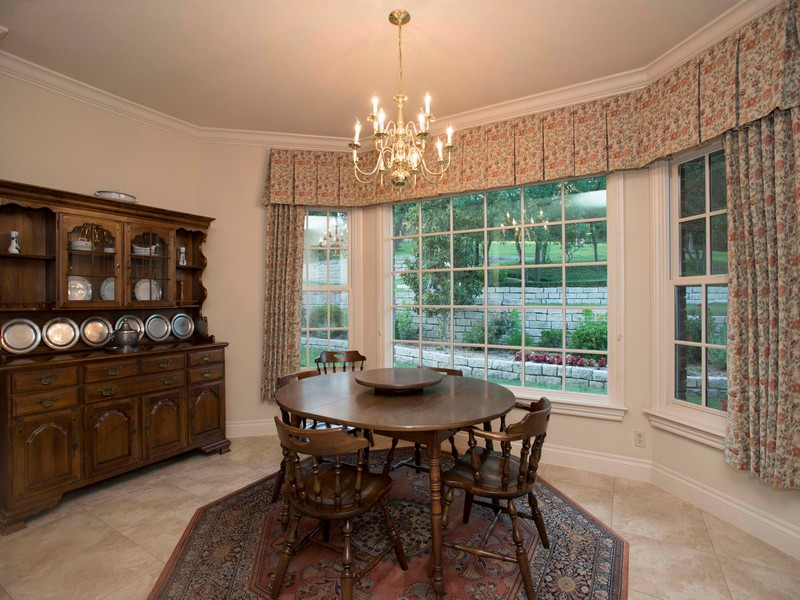 Additional photo for property listing at Quality and Elegance in the Dominion 19 Vineyard Dr San Antonio, Texas 78257 United States