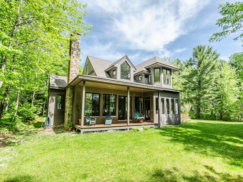 Частный односемейный дом для того Продажа на The Perfect Family R 25 Mazies Ln Holderness, Нью-Гэмпшир 03245 Соединенные Штаты