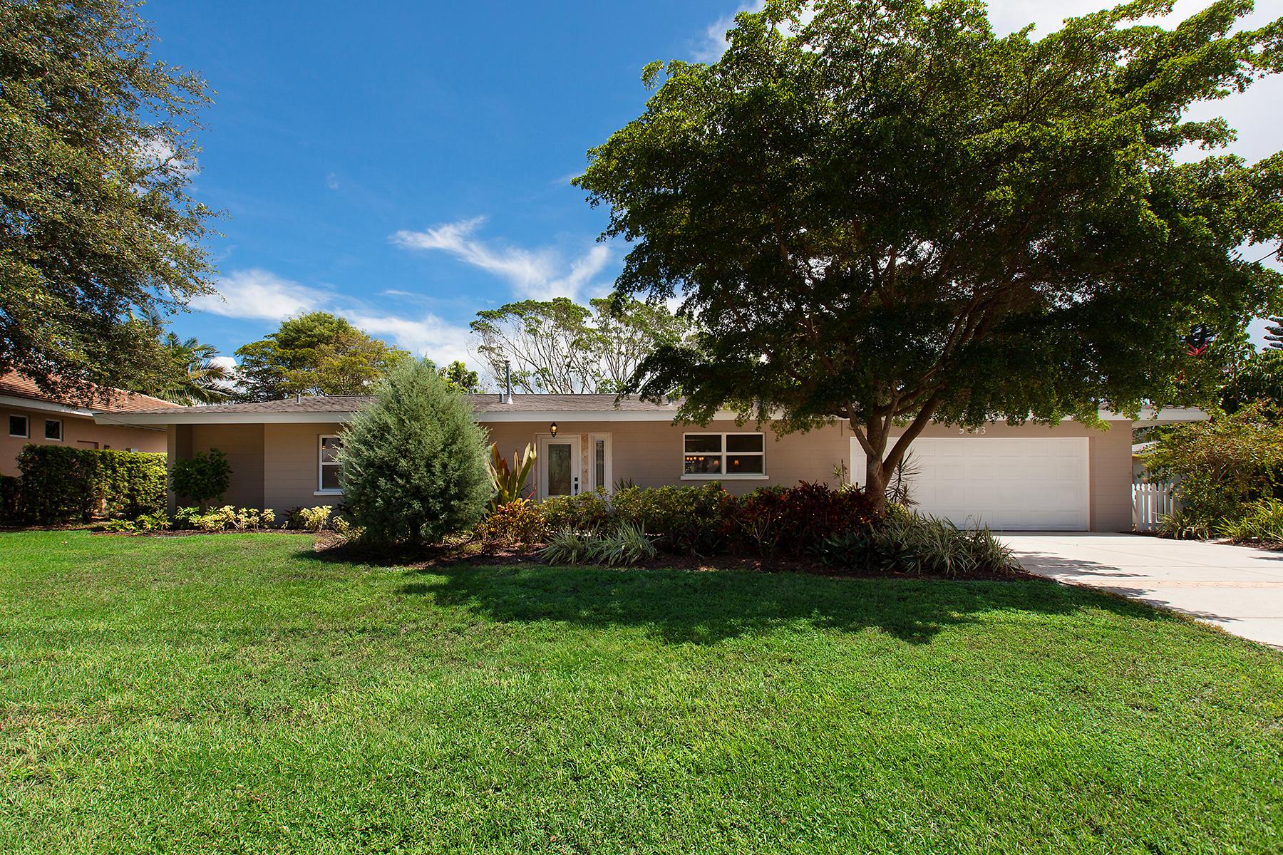 独户住宅 为 销售 在 RIVER FOREST 5343 Palos Verdes Dr 萨拉索塔, 佛罗里达州, 34231 美国