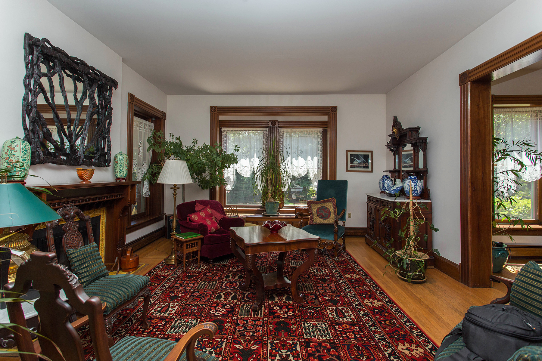 Additional photo for property listing at The Brackett House 605  North Broadway Saratoga Springs, New York 12866 United States