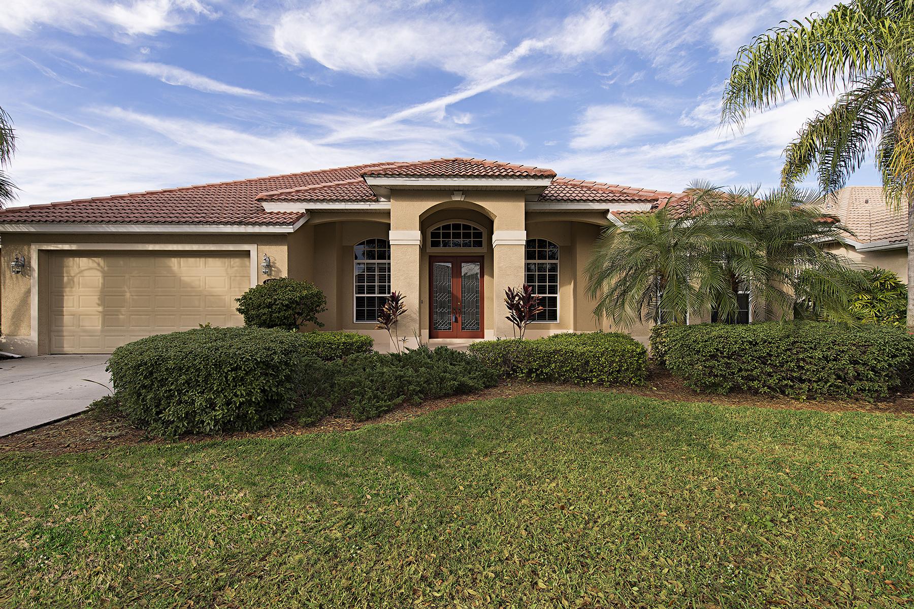 Nhà ở một gia đình vì Bán tại INDIGO LAKES 14462 Indigo Lakes Cir Naples, Florida 34119 Hoa Kỳ