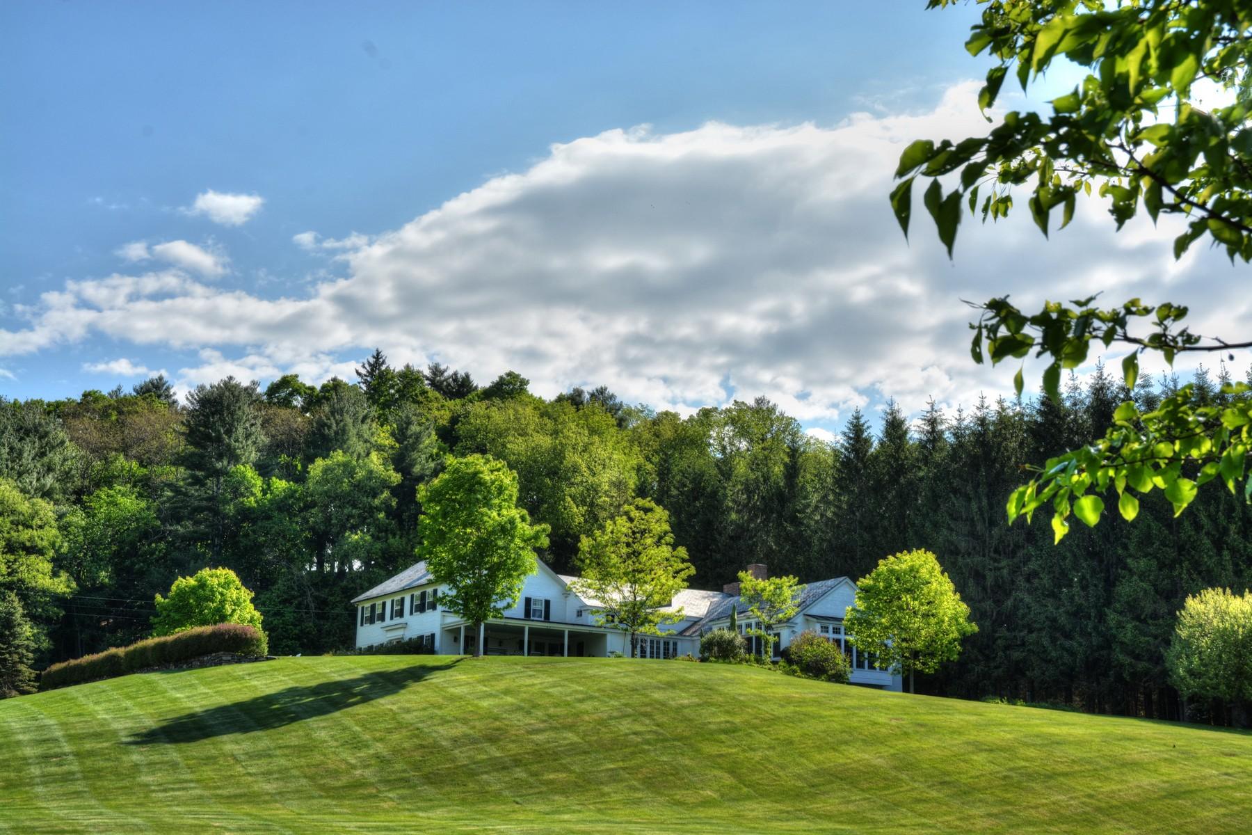 Casa Unifamiliar por un Venta en 2330 River Road, Manchester 2330 River Rd Manchester, Vermont 05255 Estados Unidos