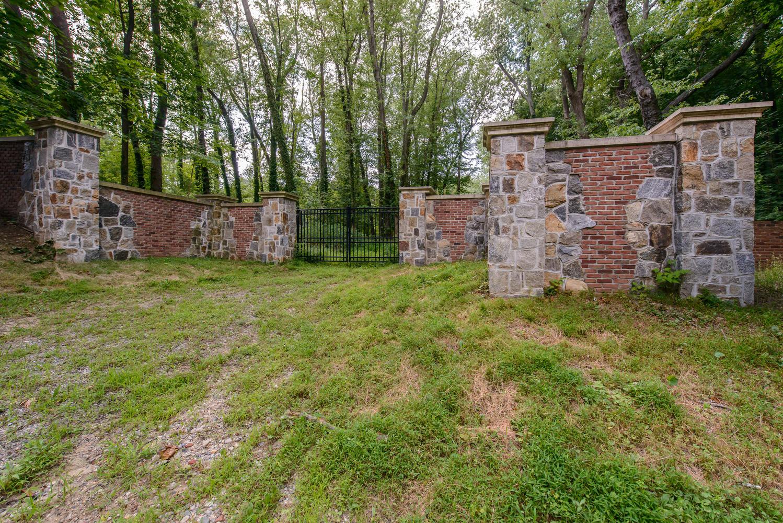 Terrain pour l Vente à Land No# Lattingtown Rd Lattingtown, New York 11560 États-Unis