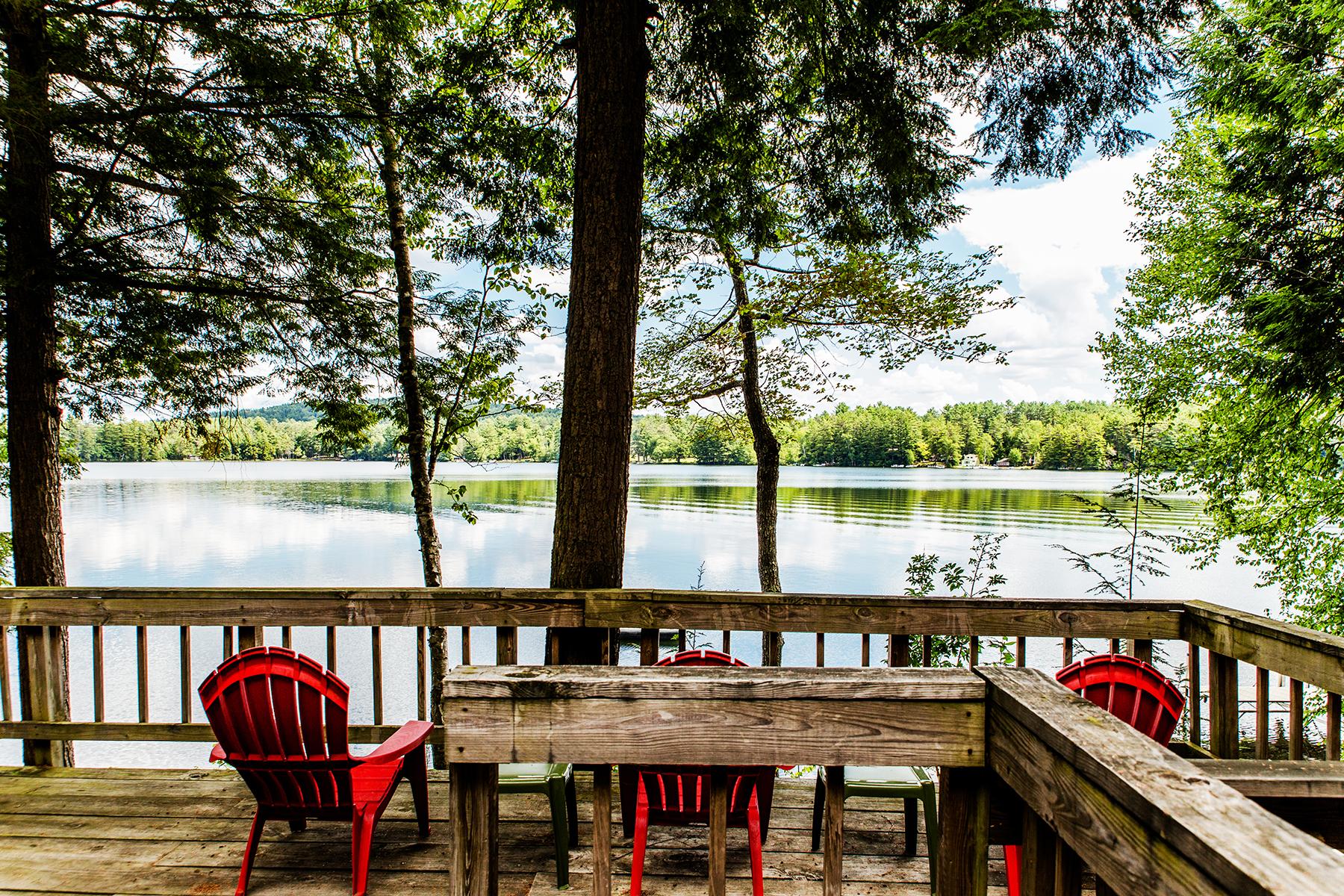 Casa Unifamiliar por un Venta en Friends Lake Family Compound 11 & 23 Mills Rd Chester, Nueva York, 12817 Estados Unidos