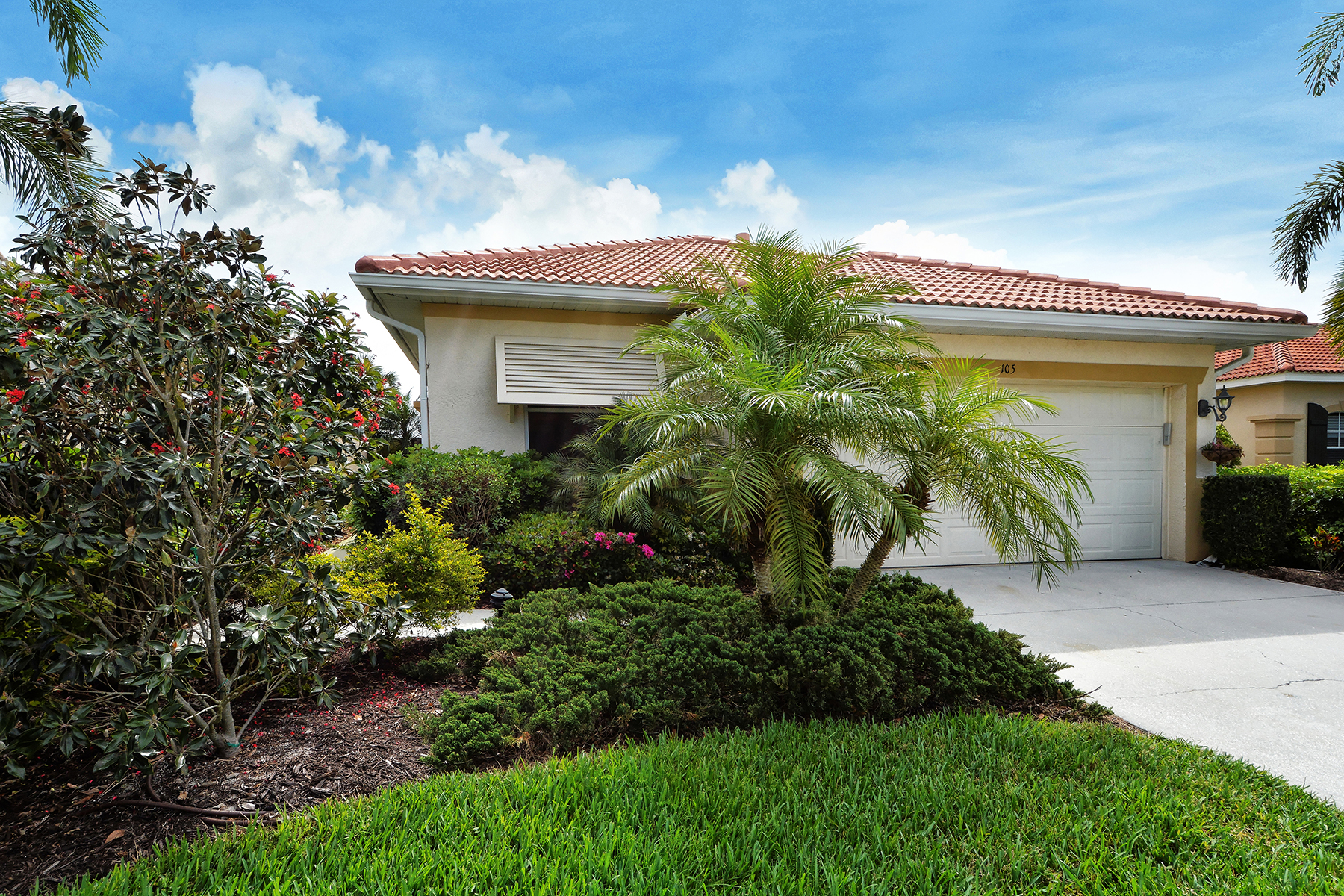 Single Family Home for Sale at VENETIAN GOLF & RIVER CLUB 105 Mestre Ct North Venice, Florida, 34275 United States